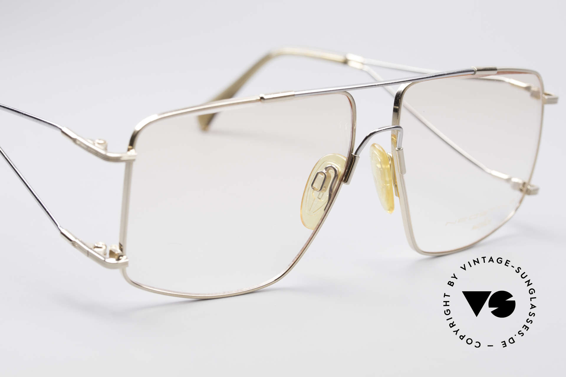 Neostyle Jet 40 Titanflex Vintage Glasses, the so called 'MEMORY EFFECT' is simply ingenious, Made for Men