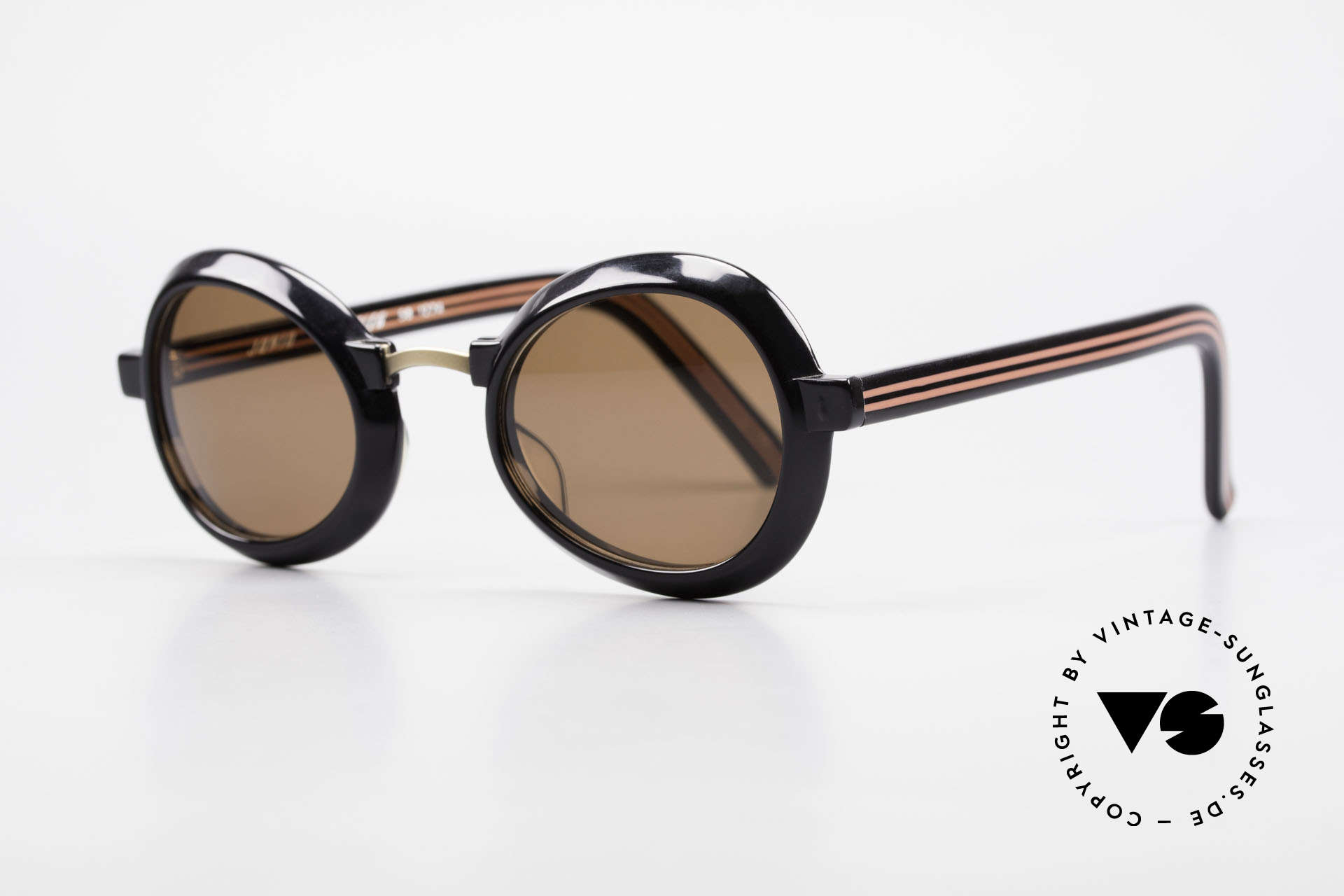Jean Paul Gaultier 58-1274 Junior Gaultier Vintage Shades, great model of the fancy JUNIOR GAULTIER series, Made for Men and Women