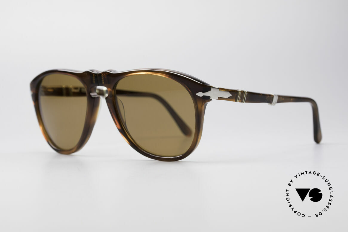 Persol Ratti 806 Folding Vintage Foldable Shades, foldable shades from the legendary Ratti manufactory, Made for Men