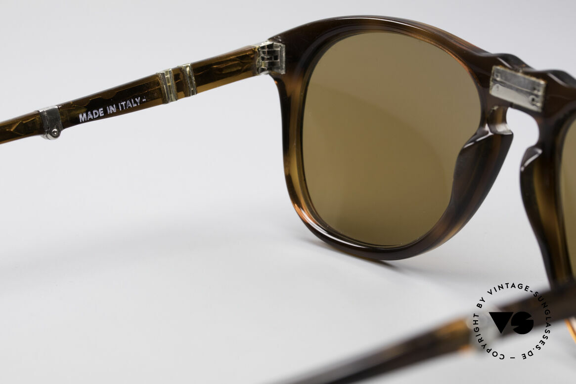 Persol Ratti 806 Folding Vintage Foldable Shades, unworn, NOS (like all our vintage Persol Ratti eyewear), Made for Men
