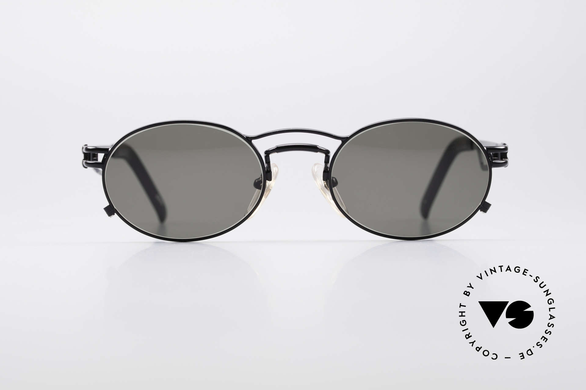 Jean Paul Gaultier 56-3173 Oval Vintage Sunglasses, oval lens shape and with superior wearing comfort, Made for Men and Women