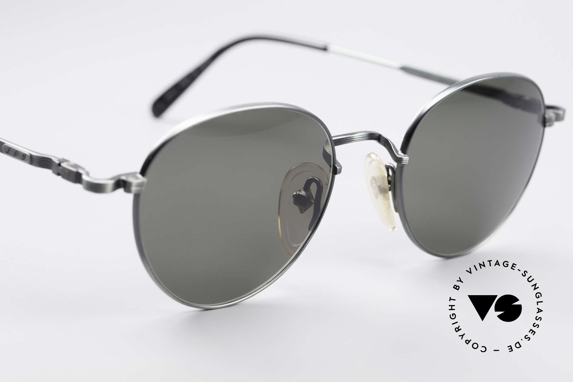 Jean Paul Gaultier 55-1174 Round Vintage Sunglasses, unworn (like all our rare vintage 90's designer glasses), Made for Men and Women