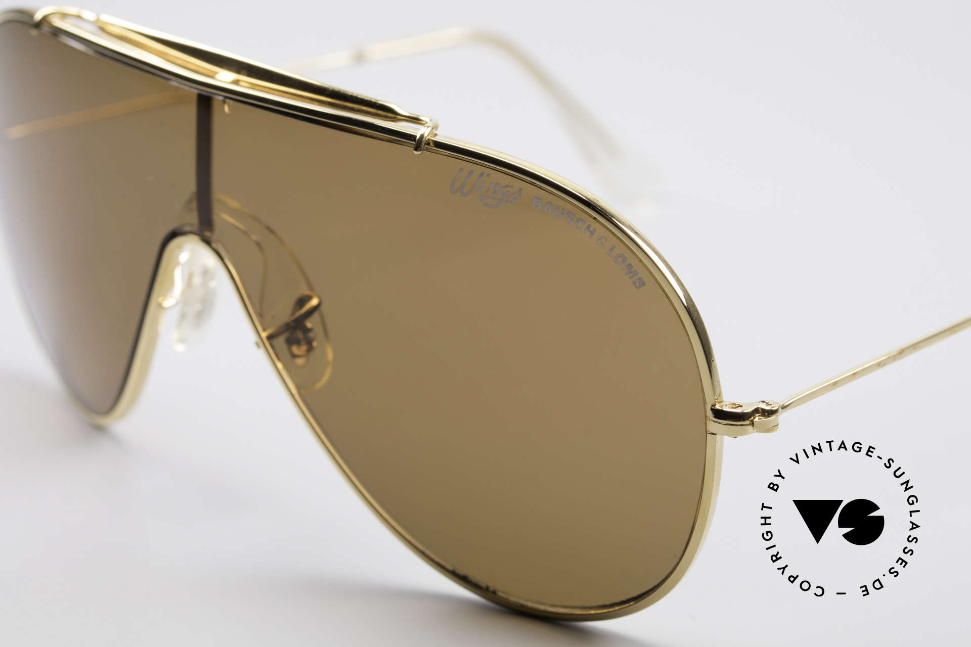 Bausch & Lomb Wings Amber Rose Vintage Shades, NO RETRO sunglasses, but a vintage USA-original, Made for Men and Women