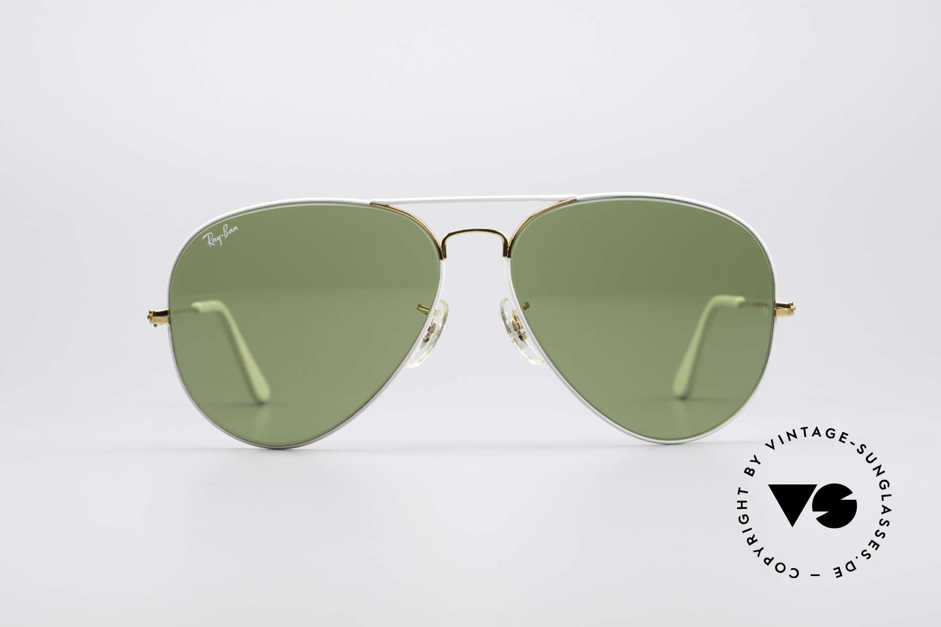 Ray Ban Large Metal II Flying Colors Limited Edition, model of the 'Flying Colors' Collection (gold/white), Made for Men