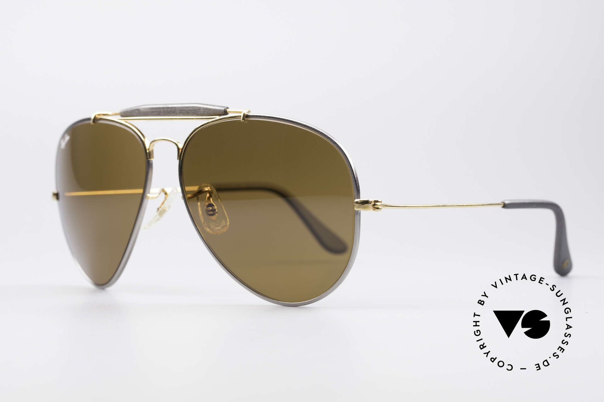 Ray Ban Outdoorsman II Precious Metals Titanium, titanium frame and 24kt gold-plated components, Made for Men