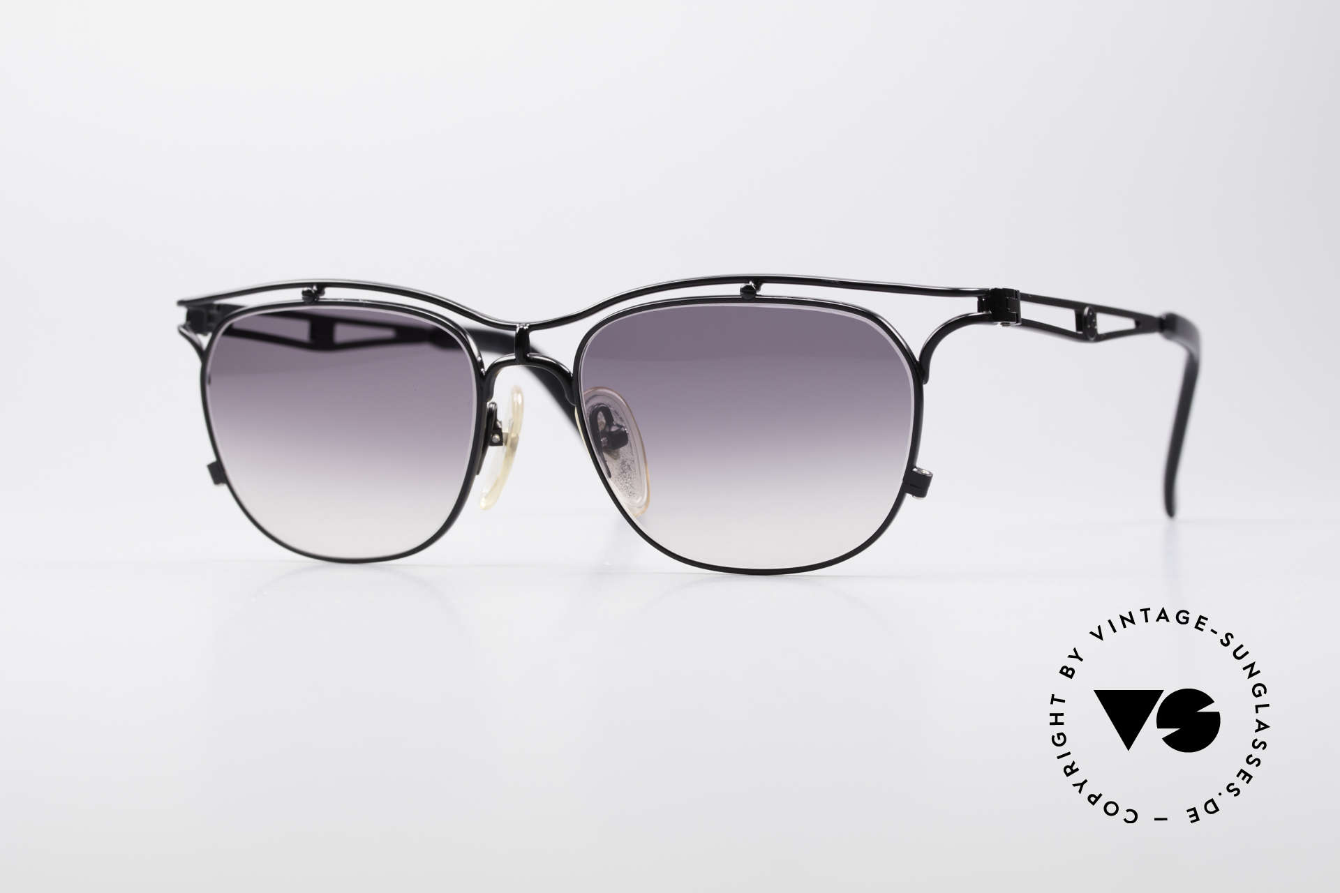Jean Paul Gaultier 55-2178 No Retro JPG Vintage Frame, very noble 90's designer sunglasses by JP Gaultier, Made for Men and Women