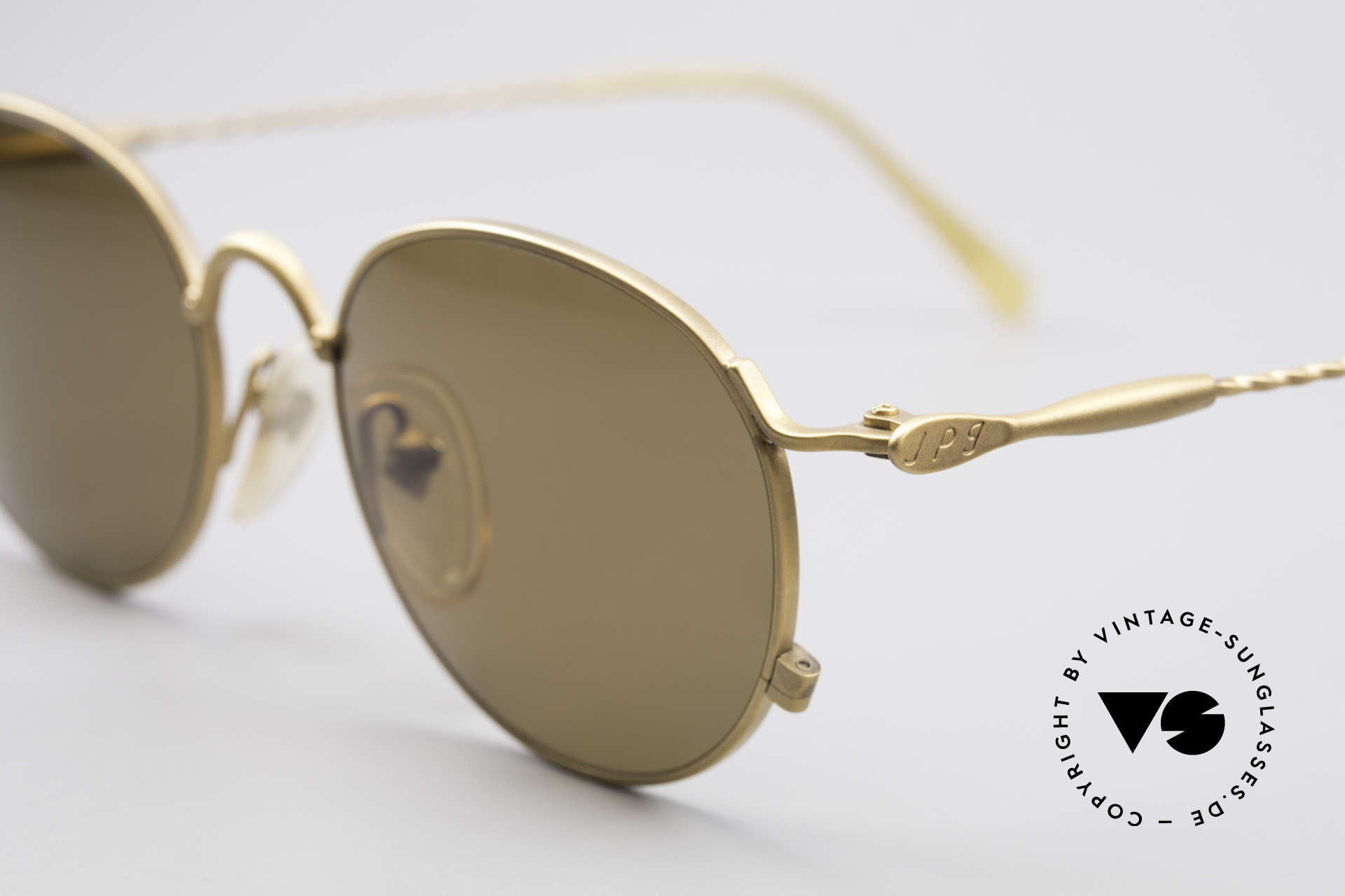 Jean Paul Gaultier 55-2172 Vintage Round JPG Sunglasses, brown CR39 sun lenses for 100% UV protection, Made for Men and Women