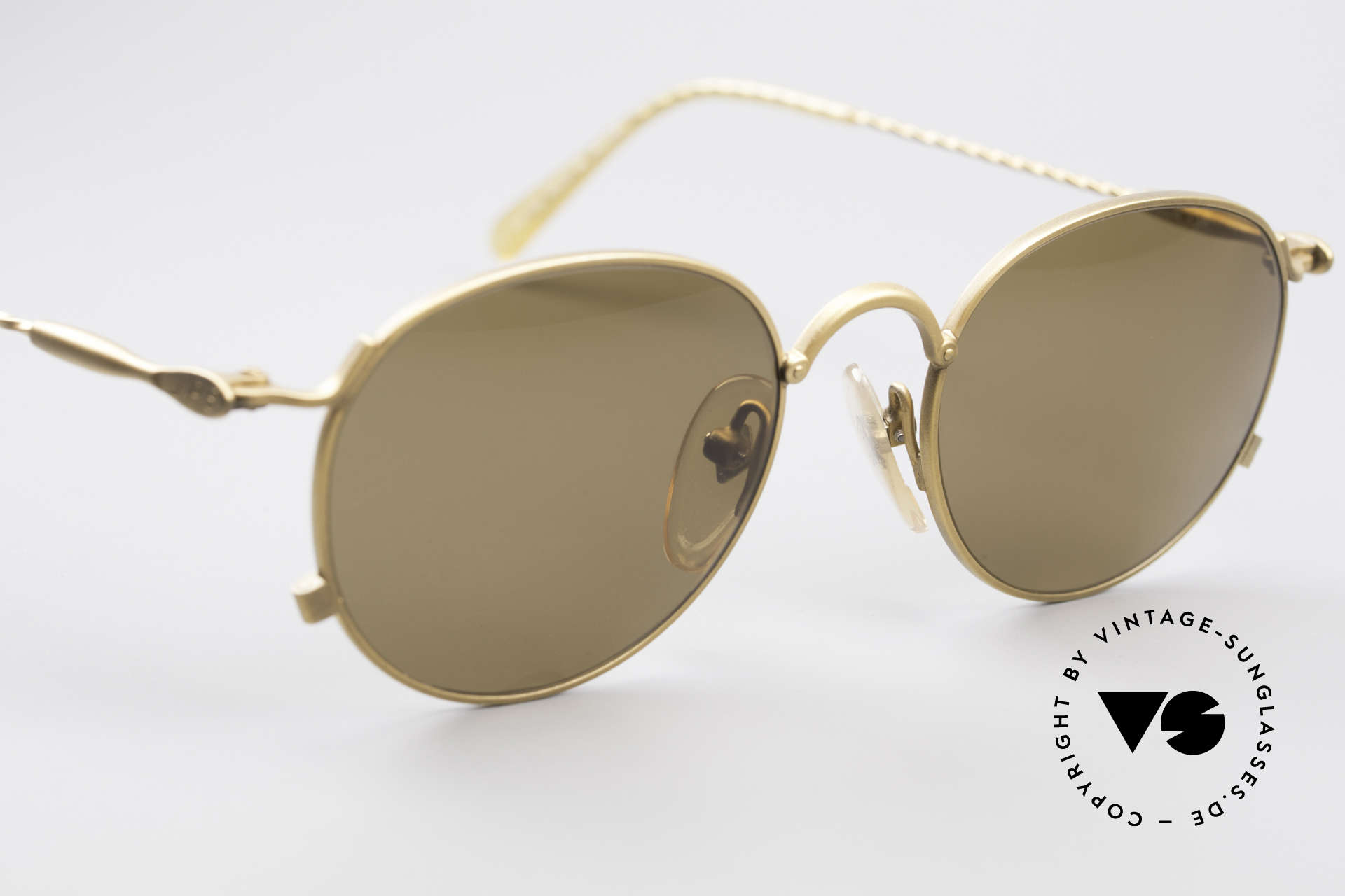 Jean Paul Gaultier 55-2172 Vintage Round JPG Sunglasses, unused (like all our rare J.P.G vintage eyewear), Made for Men and Women