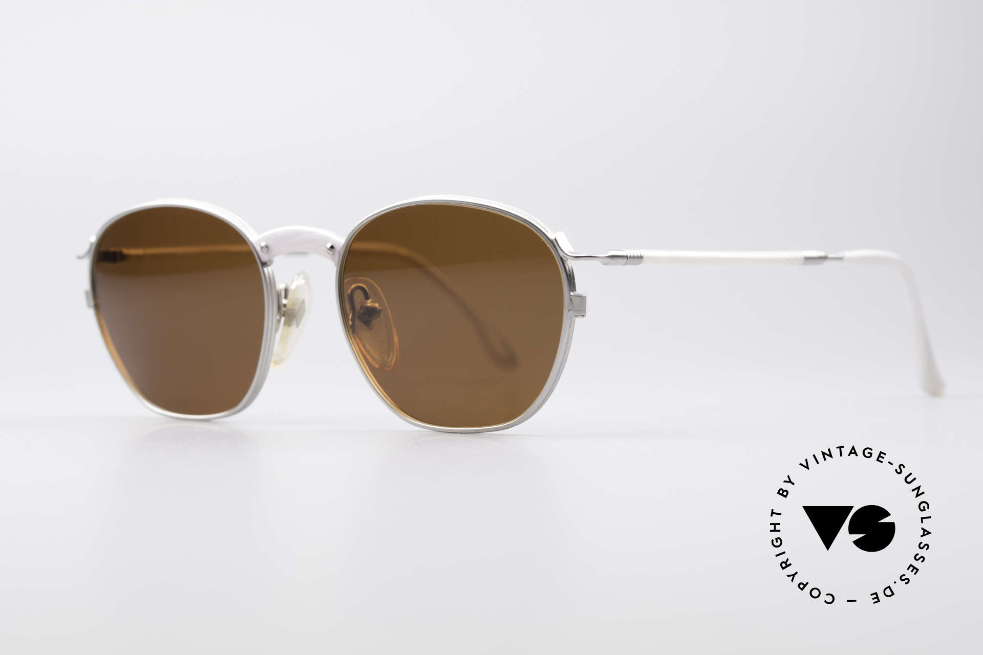 Jean Paul Gaultier 55-1271 JPG Vintage Sunglasses, simply a timeless classic in top-notch craftsmanship, Made for Men and Women