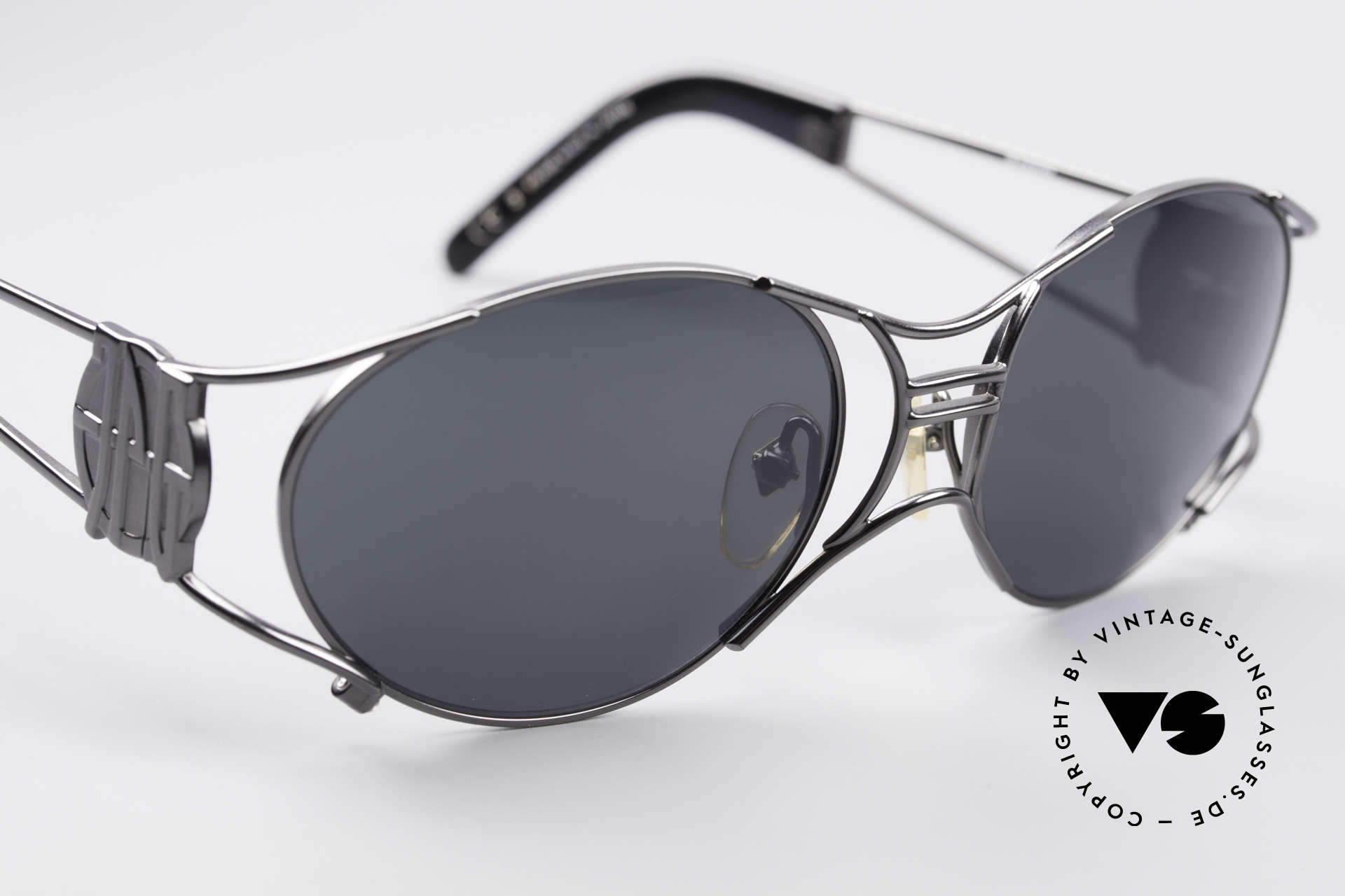 Jean Paul Gaultier 58-6101 Steampunk 90's Sunglasses, unworn original (collector's item & true eye-catcher), Made for Men and Women
