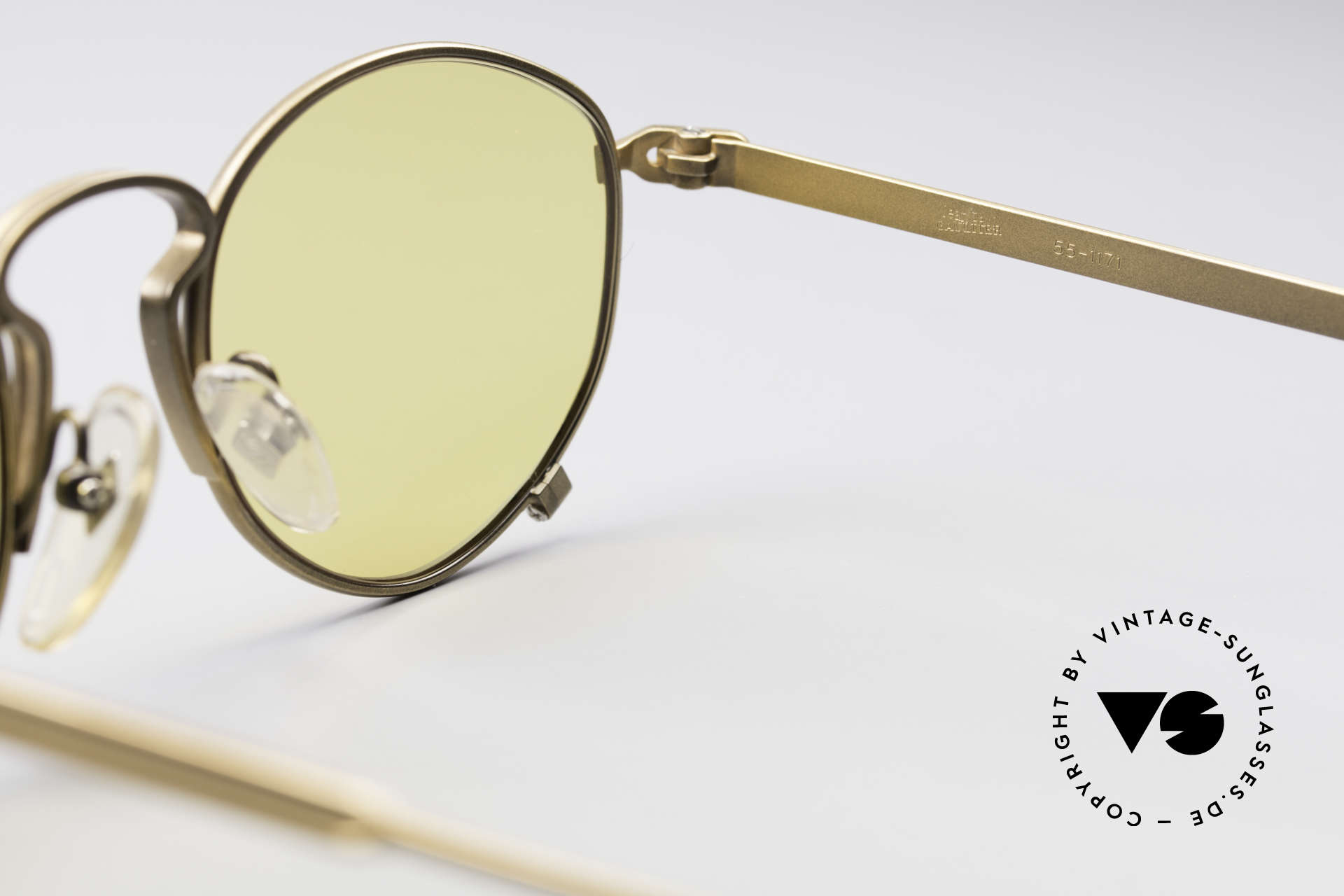 Jean Paul Gaultier 55-1171 Extraordinary Vintage Frame, the frame can be glazed with optical (sun) lenses, Made for Men and Women
