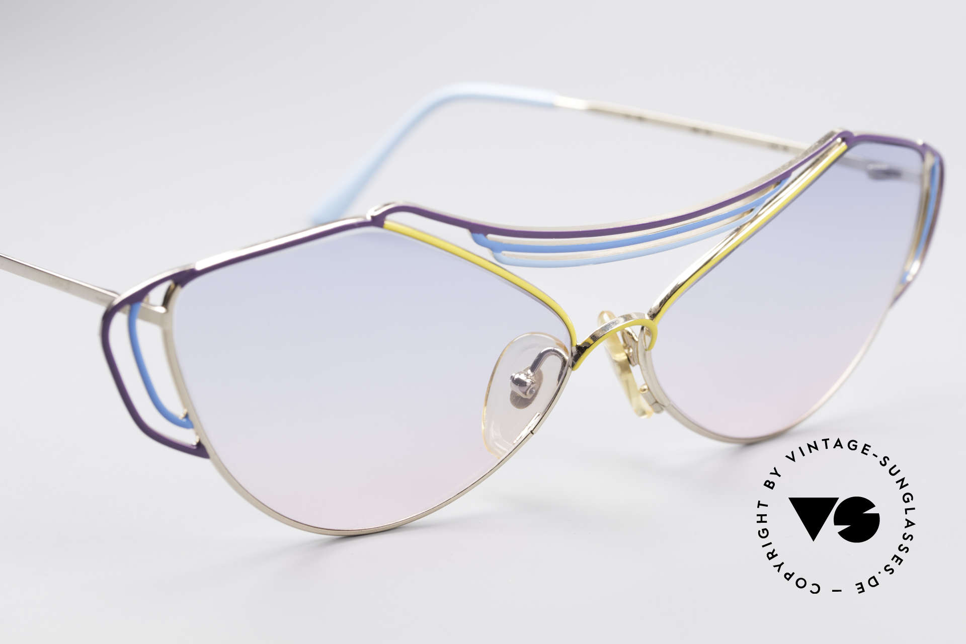Casanova LC9 80's Art Sunglasses, NO retro specs, but an unique old designer original!, Made for Women