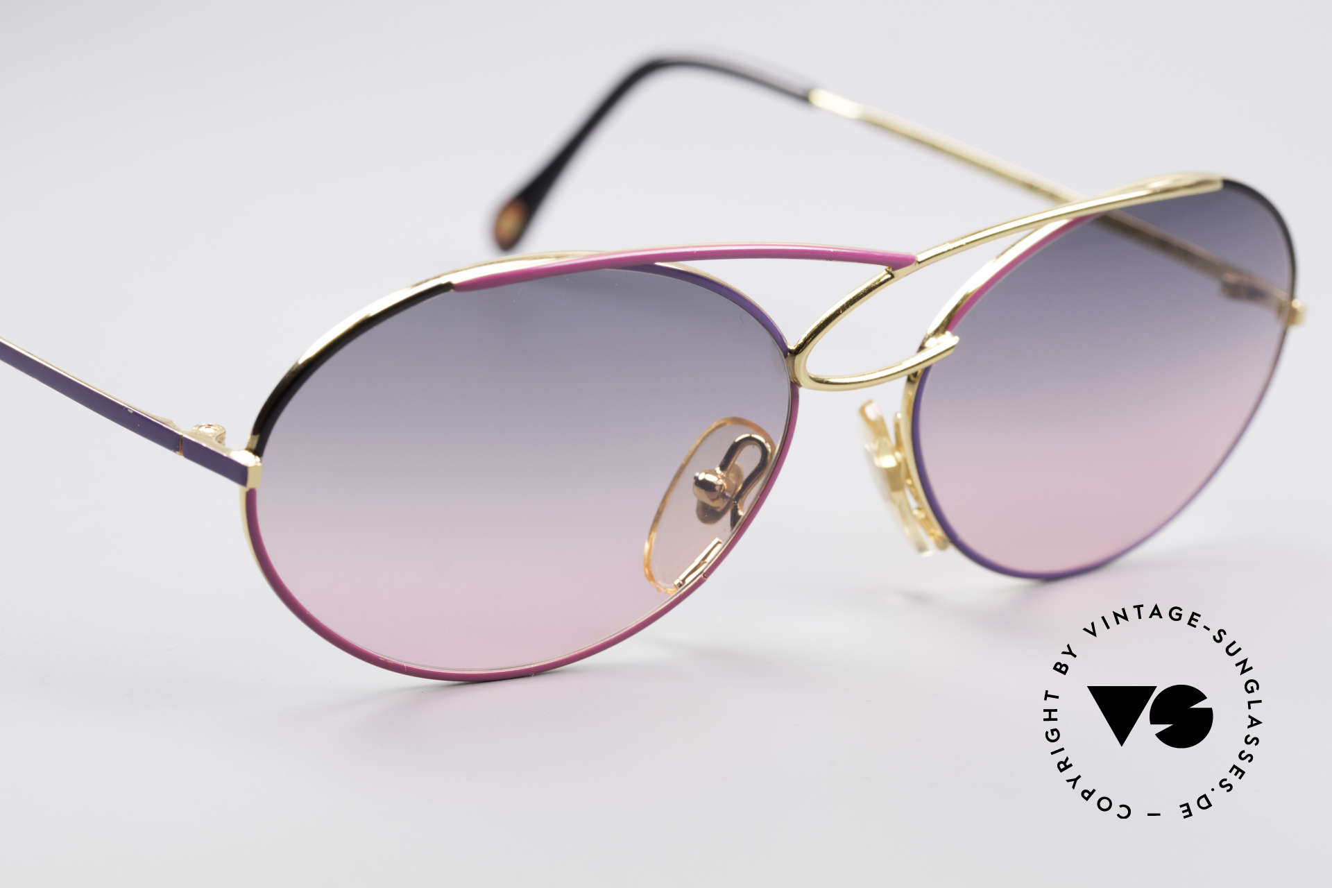 Casanova LC17 Vintage Ladies Sunglasses, NOS - unworn (like all our artistic vintage sunglasses), Made for Women