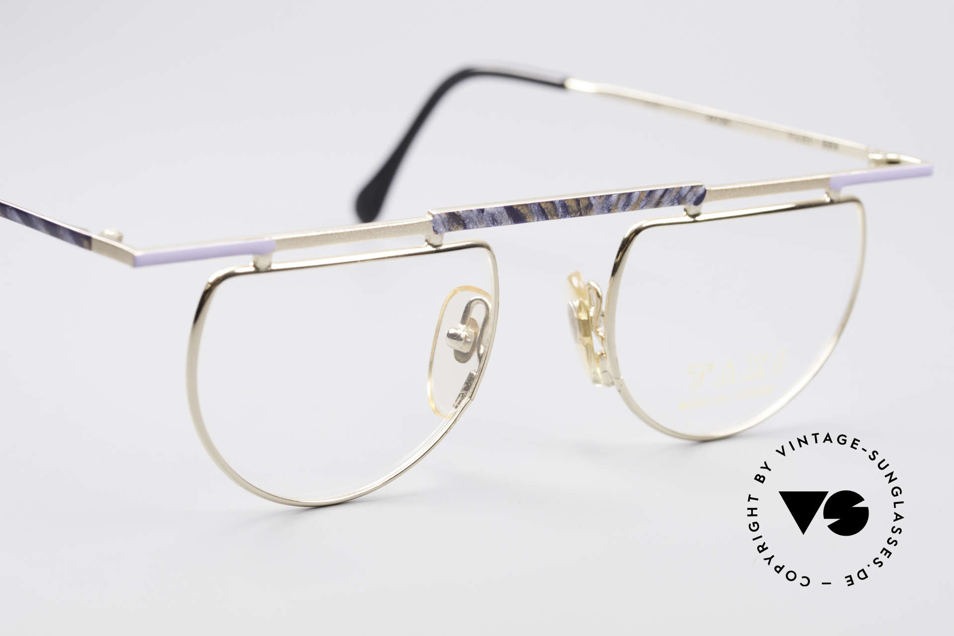 Taxi 223 by Casanova Vintage Art Eyeglasses, unworn (like all our artful eyeglasses by Taxi / Casanova), Made for Women