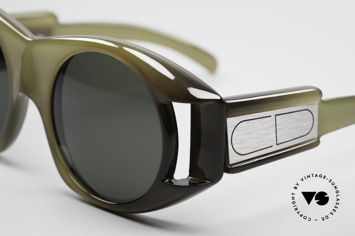 Christian Dior C61 Rare 70's Optyl Sunglasses, massive frame, but still lightweight (thanks to OPTYL!), Made for Men and Women