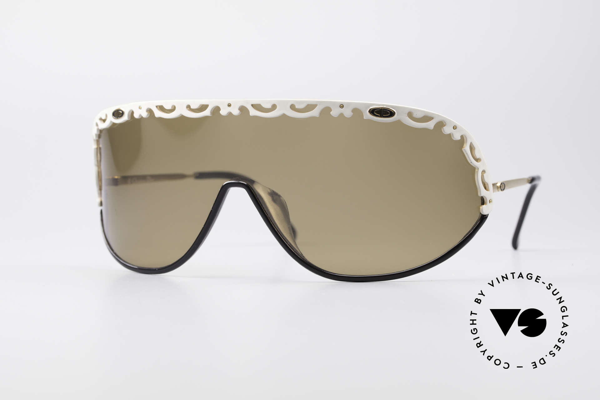 Christian Dior 2501 80's Designer Shades Ladies, glamorous ladies shades by Christian Dior of the 1980's, Made for Women