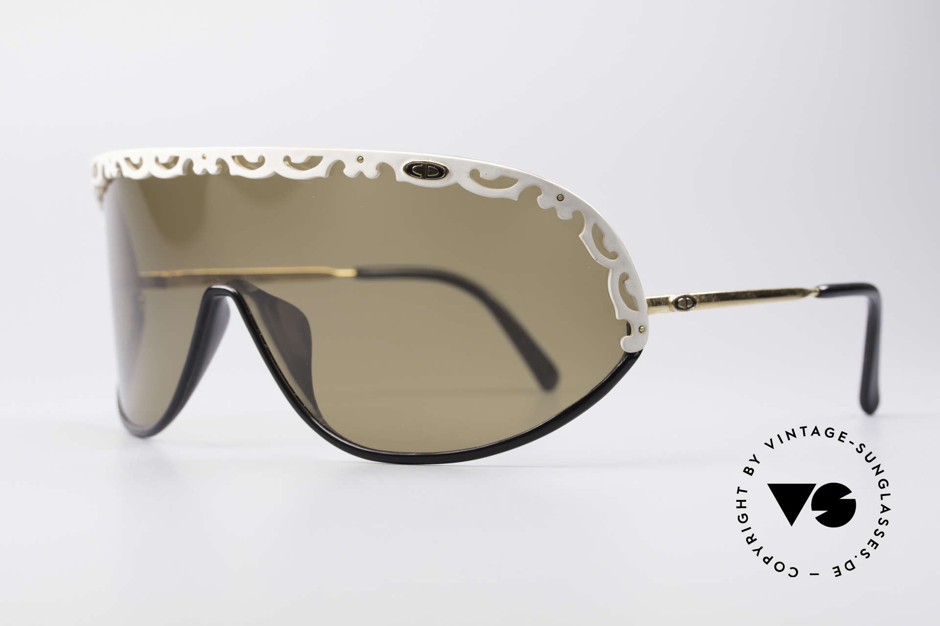 "Christian Dior 2501 80's Designer Shades Ladies, a vintage ""MUST-HAVE"" for all fashion lovers, out there, Made for Women"