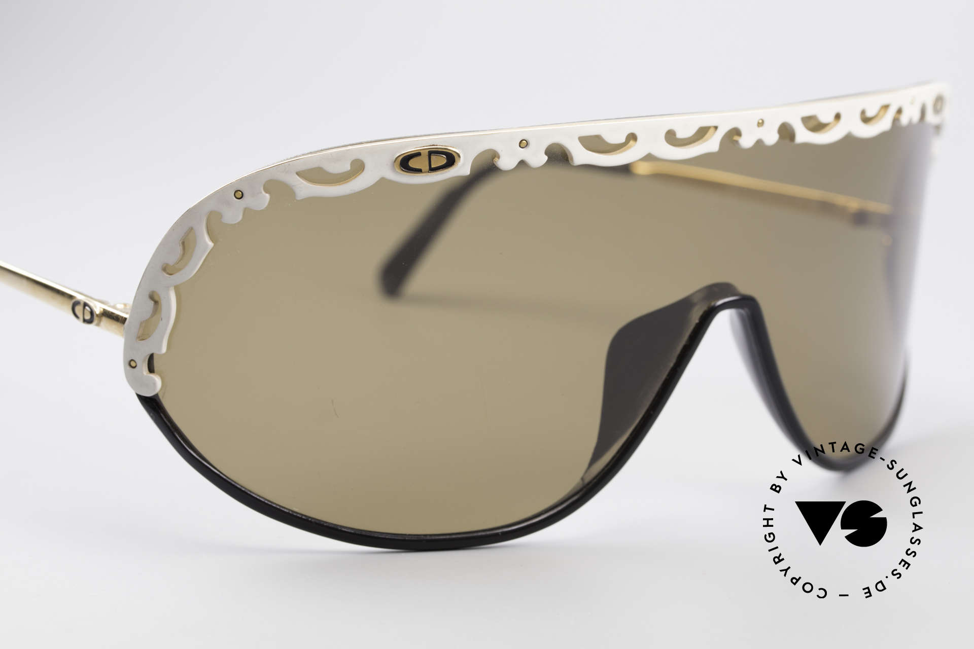Christian Dior 2501 80's Designer Shades Ladies, new old stock (like all our vintage Christian Dior shades), Made for Women