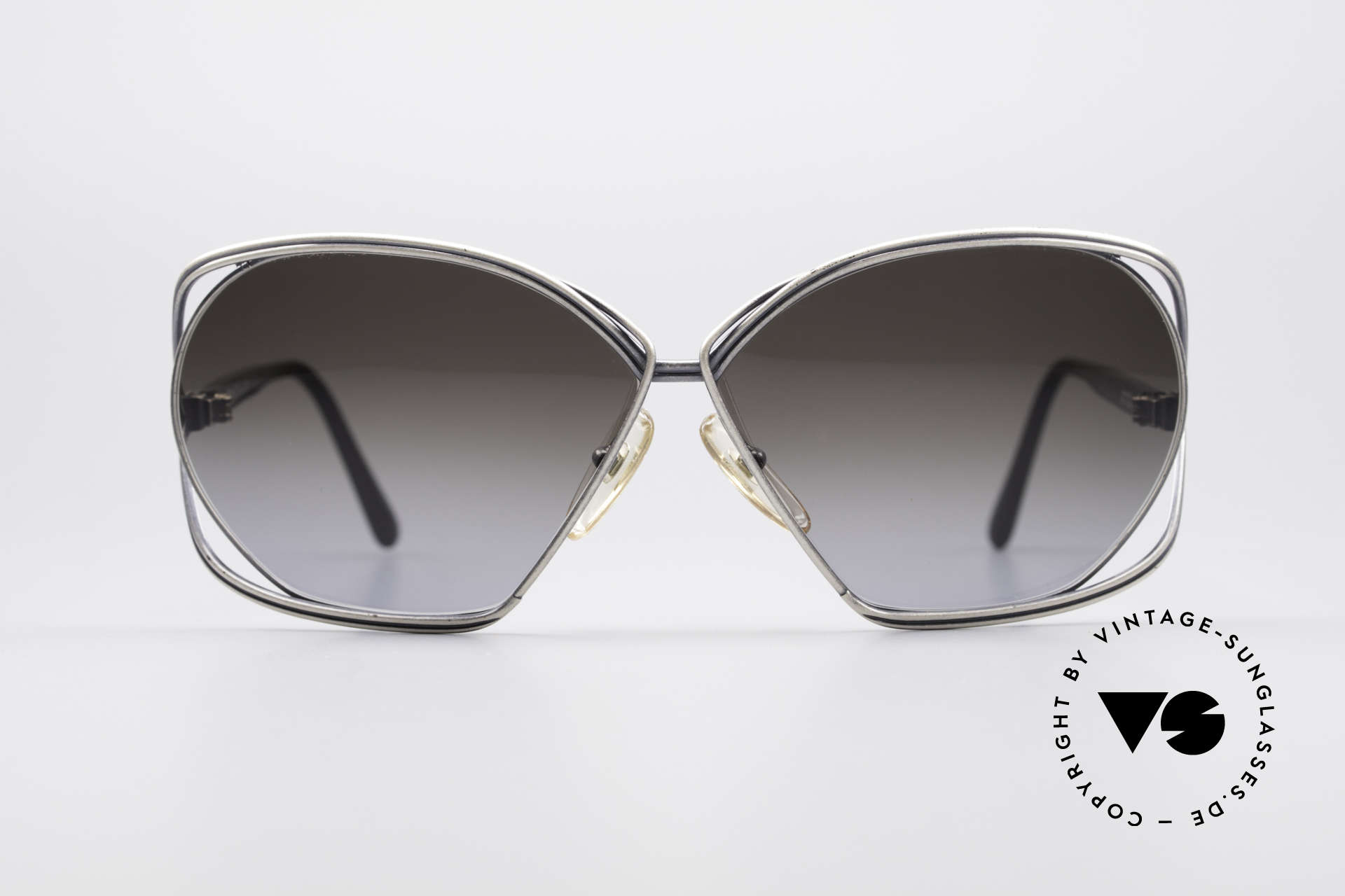 Christian Dior 2499 Ladies Sunglasses 80's, legendary 'butterfly-design' by famous Christian Dior, Made for Women