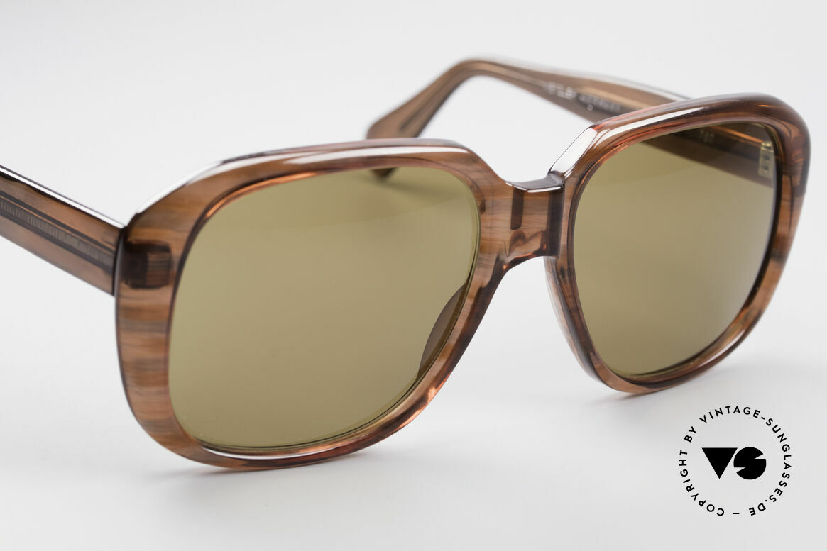 Metzler 2070 Old School 70's Shades, a real heavyweight (50 gram) - made in (W.) Germany, Made for Men