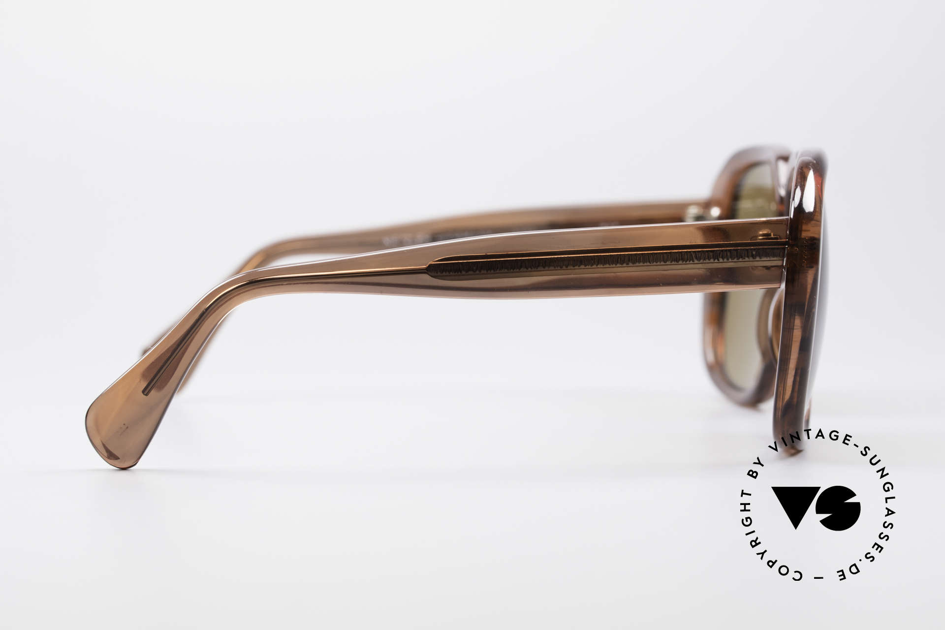 Metzler 2070 Old School 70's Shades, new old stock (like all our Metzler old school shades), Made for Men