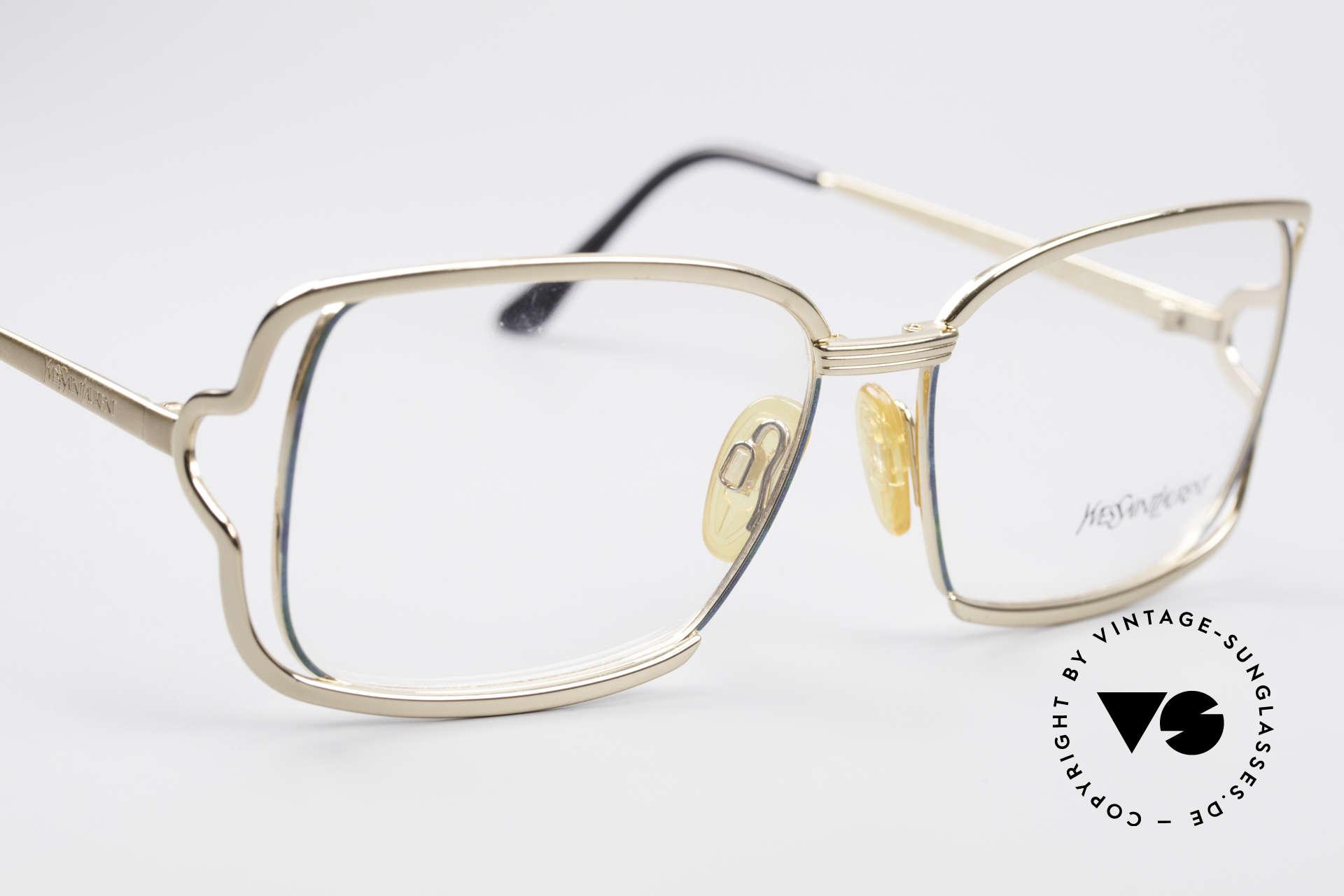 Yves Saint Laurent 4046 Vintage Ladies Eyeglasses, unworn (like all our YSL specs) + orig. YSL case, Made for Women