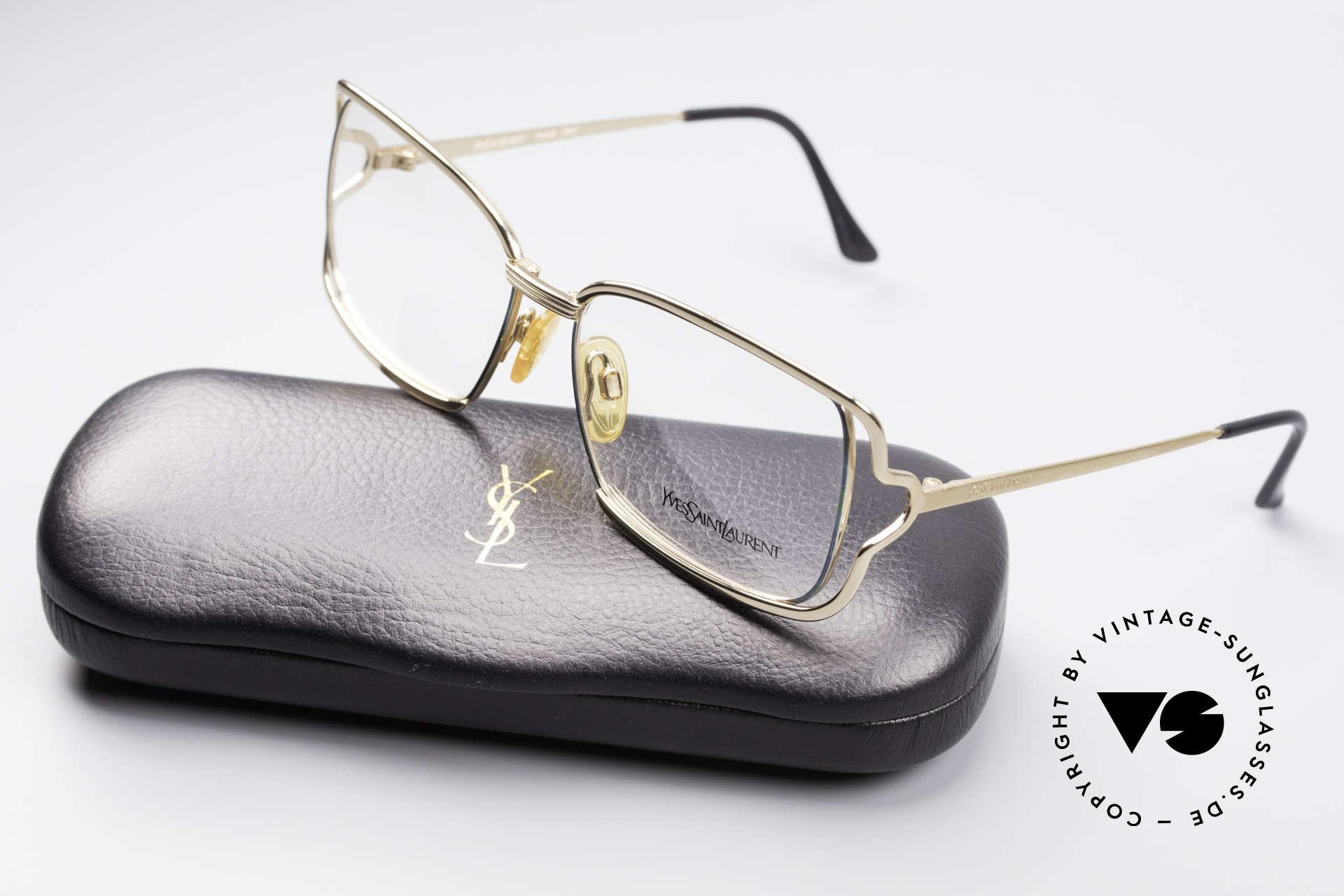Yves Saint Laurent 4046 Vintage Ladies Eyeglasses, Size: medium, Made for Women