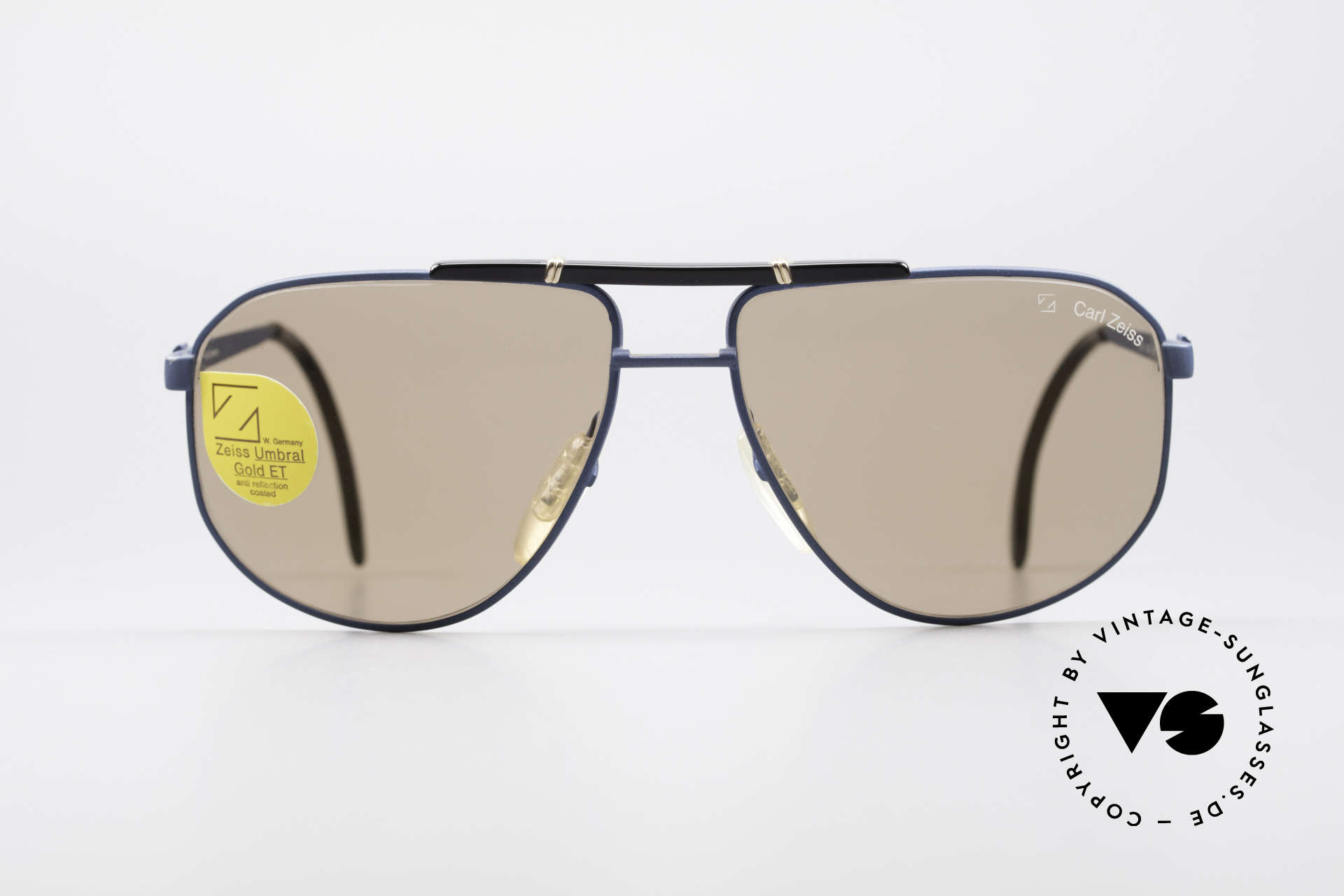 Zeiss 9292 Umbral Gold Quality Lenses, a real alternative to the ordinary 'aviator design', Made for Men