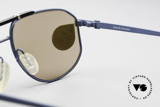 Zeiss 9292 Umbral Gold Quality Lenses, new old stock (like all our vintage eyewear by ZEISS), Made for Men