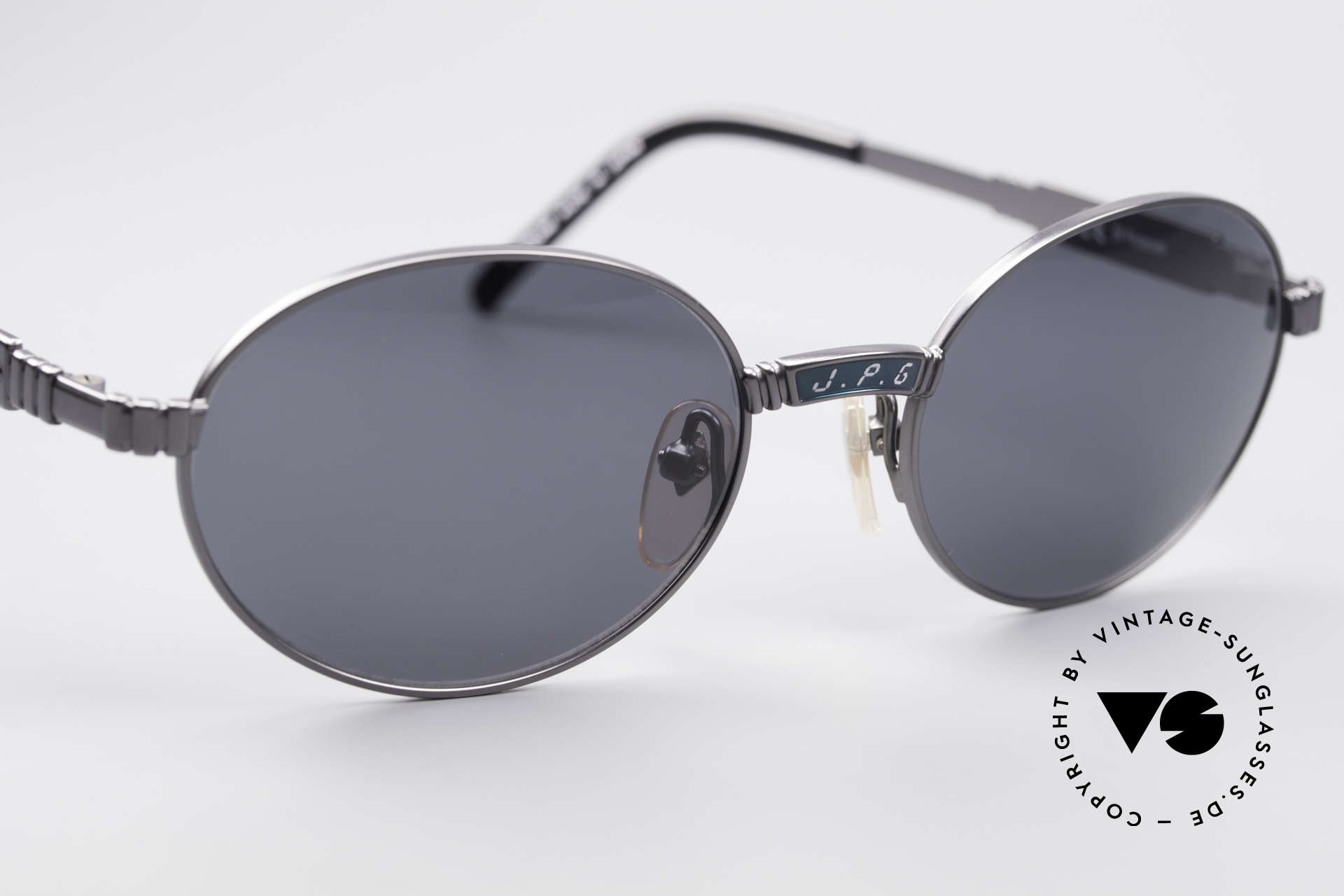 Jean Paul Gaultier 58-5104 Oval Designer Sunglasses, NO RETRO specs, but an authentic original from 1997, Made for Men and Women