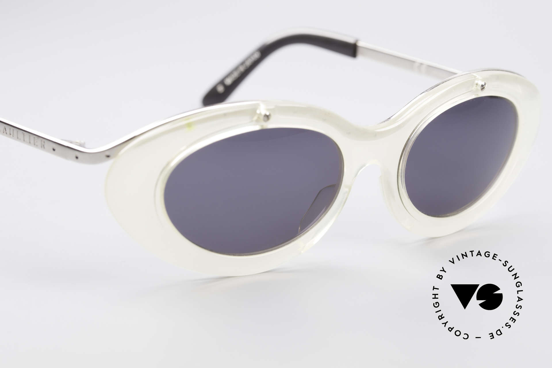 Jean Paul Gaultier 56-7201 Designer Ladies Sunglasses, frame can be glazed with prescriptions / sun lenses, Made for Women