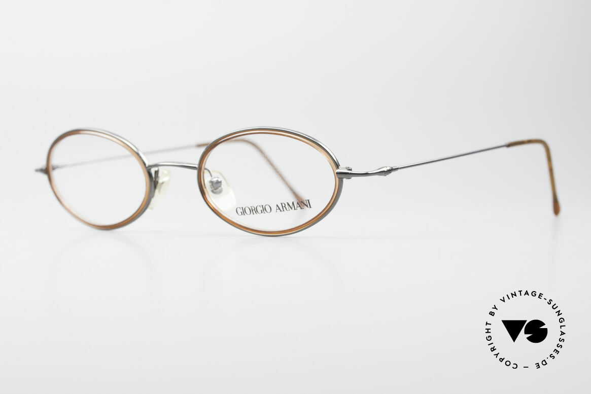 Giorgio Armani 1012 Oval Vintage Unisex Frame, sober, timeless style: suitable for many occasions, Made for Men and Women