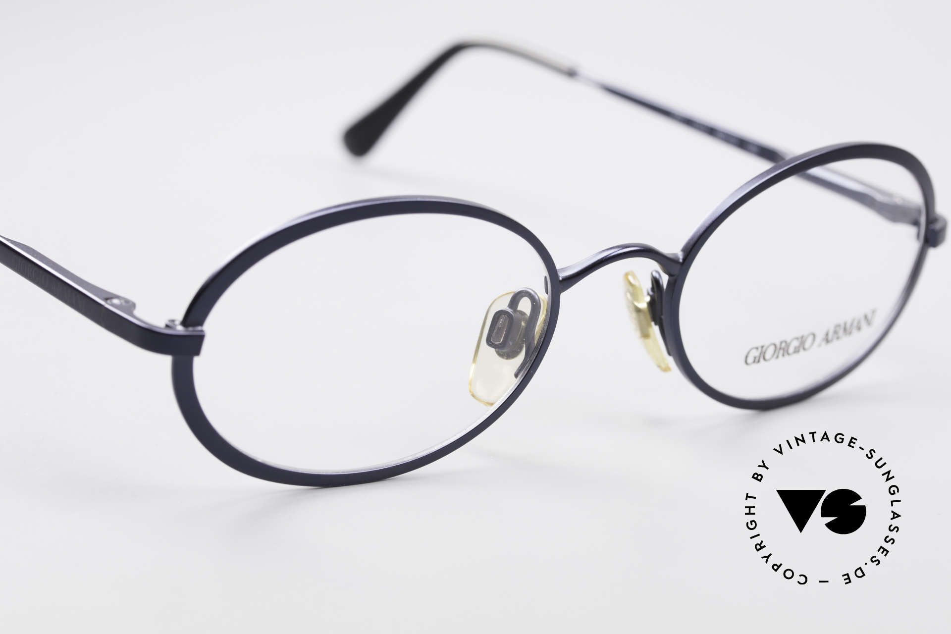 Giorgio Armani 277 90's Oval Vintage Eyeglasses, NO RETRO EYEWEAR, but a 25 years old Original, Made for Men and Women
