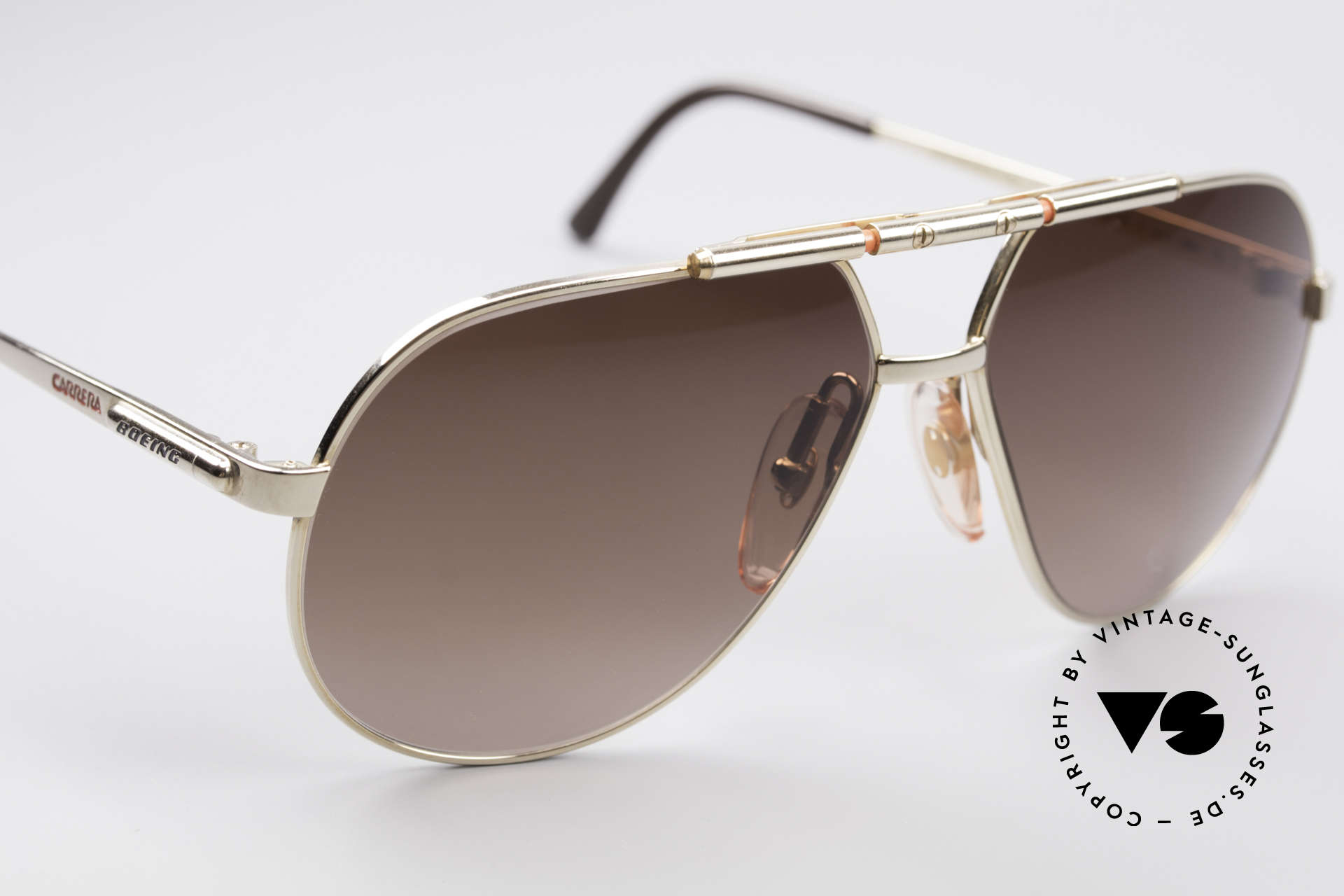 Boeing 5732 High Tech 80's Pilots Shades, new old stock (like all our BOEING aviator shades), Made for Men and Women