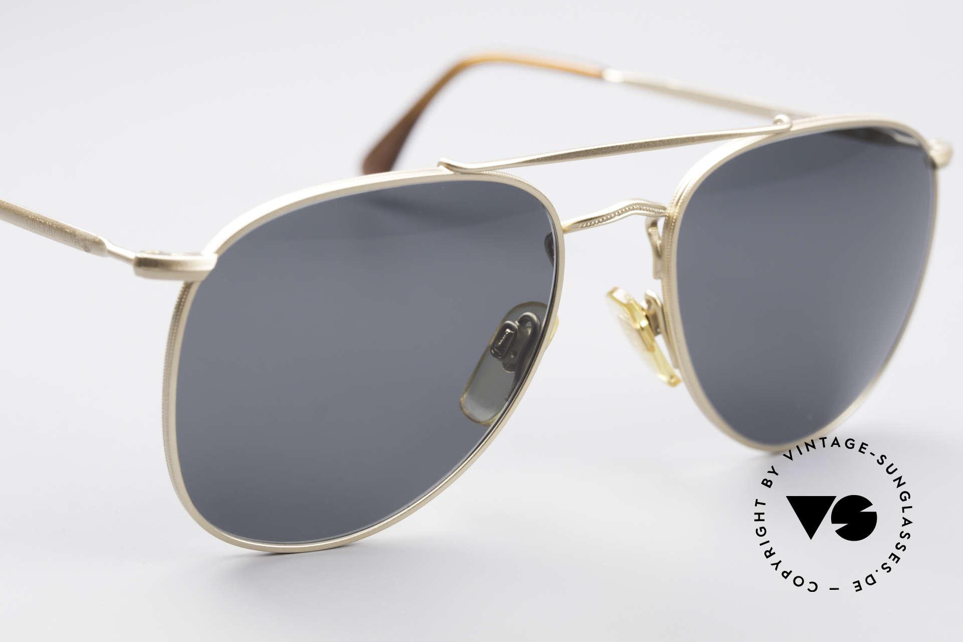Giorgio Armani 149 Small 90'S Aviator Sunglasses, sober, timeless sunglasses (100% UV protection), Made for Men and Women