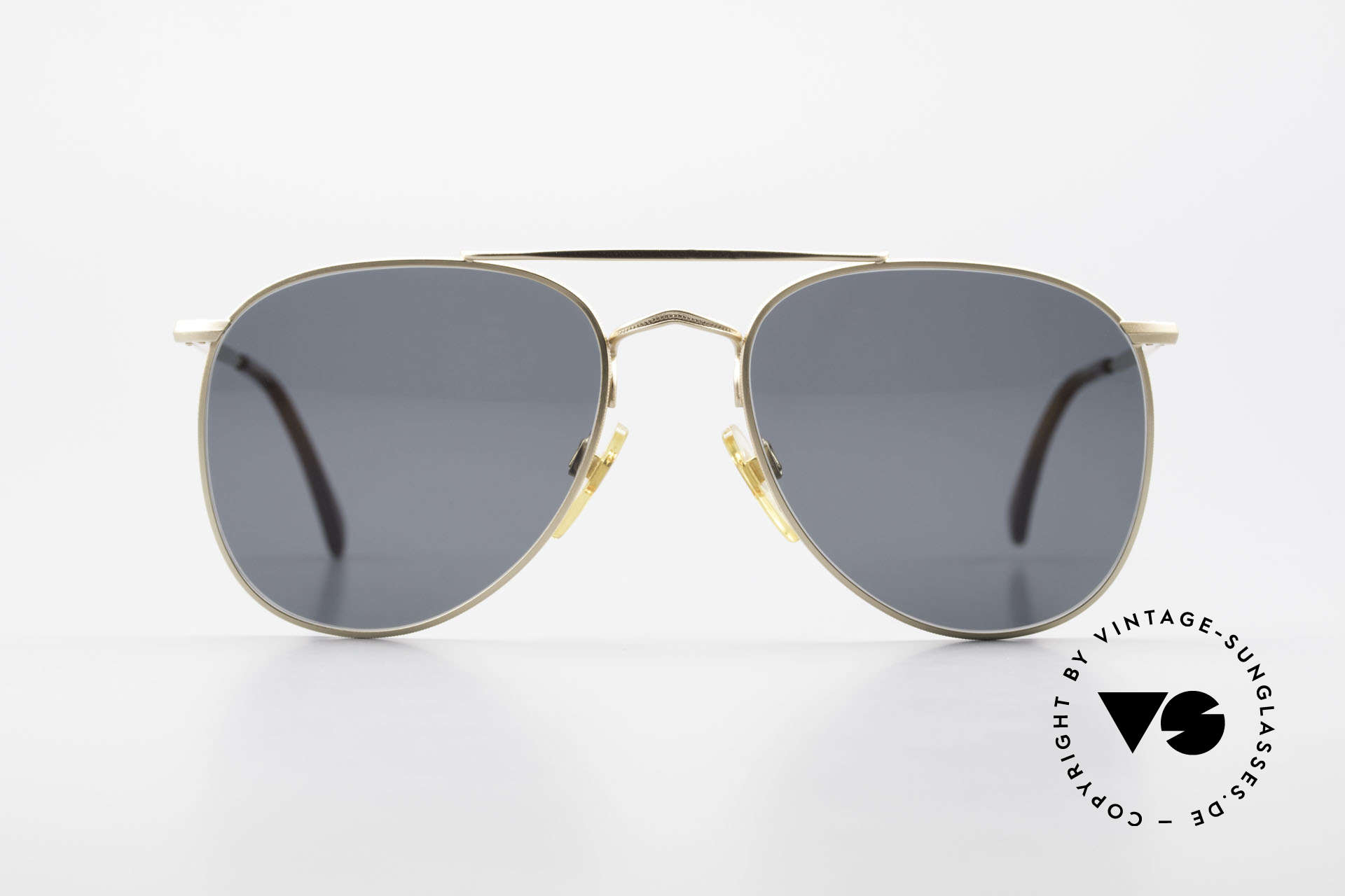 Giorgio Armani 149 Small 90'S Aviator Sunglasses, vintage shades by the fashion designer G.Armani, Made for Men and Women