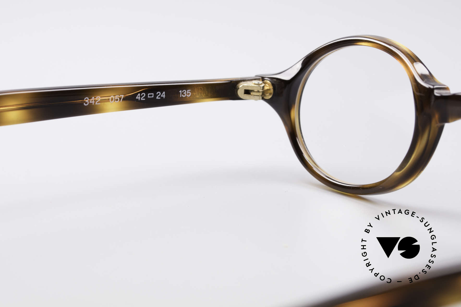 Giorgio Armani 342 Small Oval 90's Eyeglasses, the frame fits lenses of any kind (optical or sun lenses), Made for Men and Women