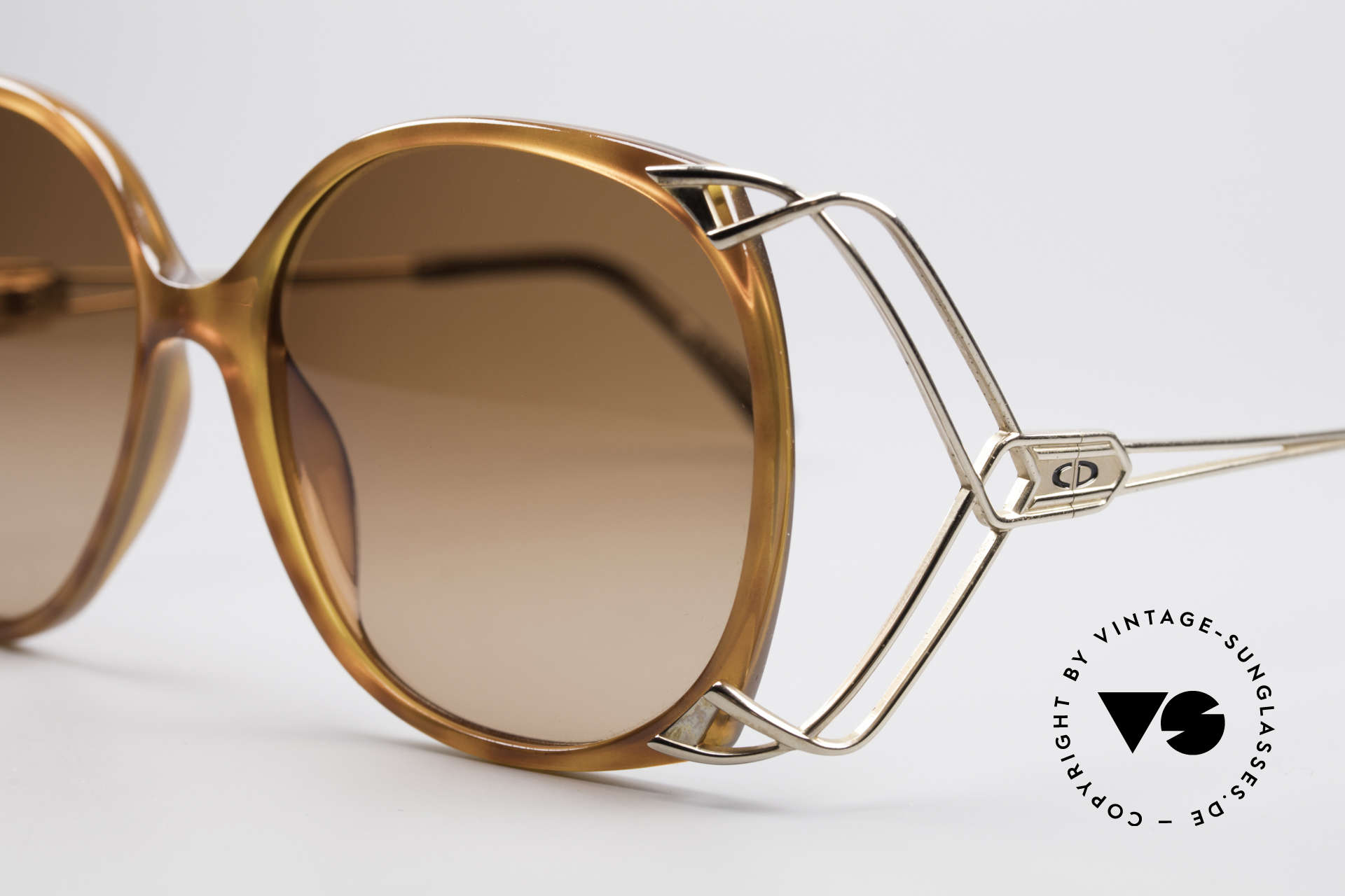 Christian Dior 2616 80's Ladies Sunglasses XXL, unworn rarity in high-end quality (Optyl material), Made for Women