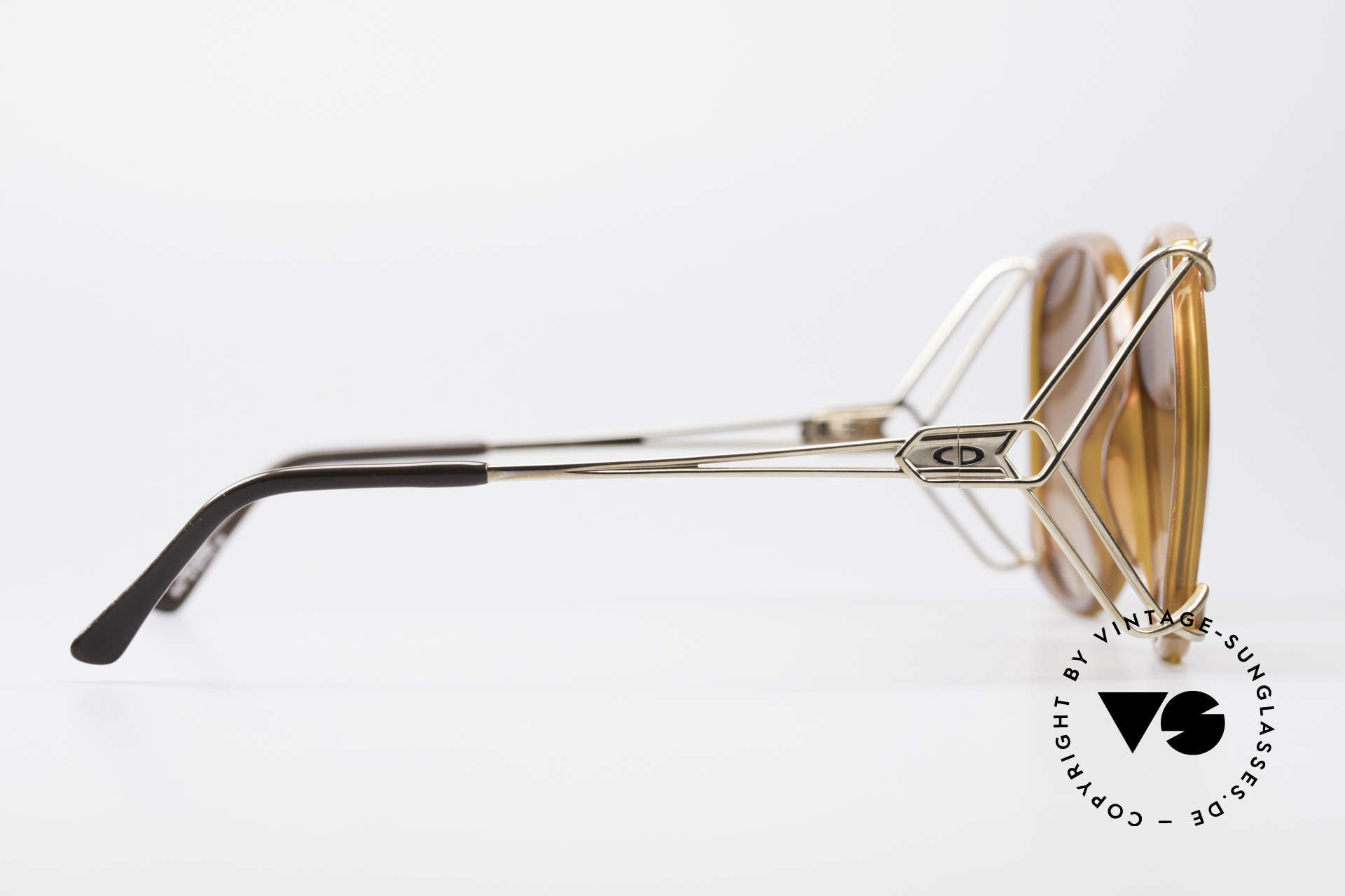 Christian Dior 2616 80's Ladies Sunglasses XXL, NO retro fashion; a unique original - true vintage!, Made for Women