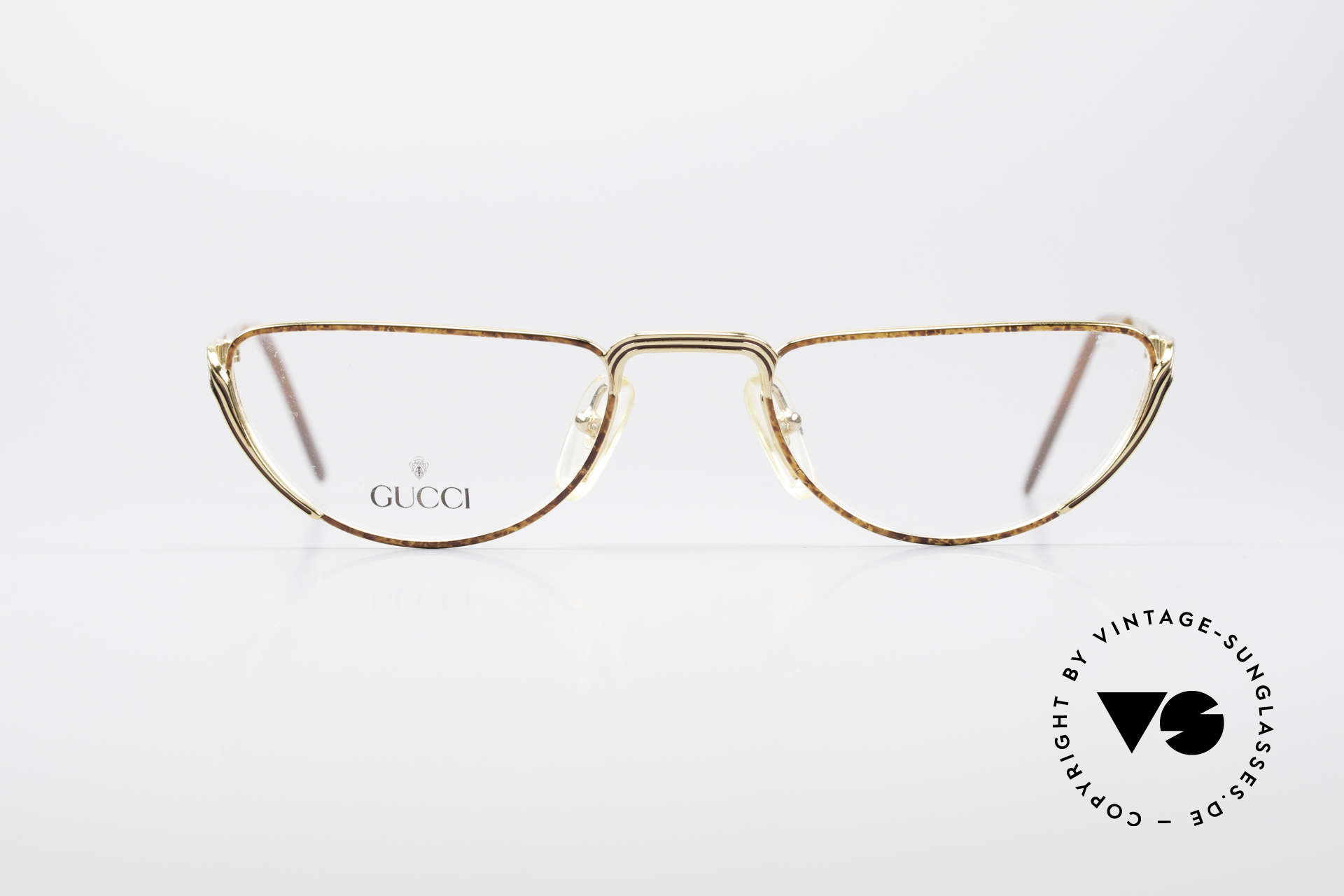Gucci 2203 Vintage Reading Glasses 80's, a true rarity in high-end quality (+ Gucci case), Made for Men and Women