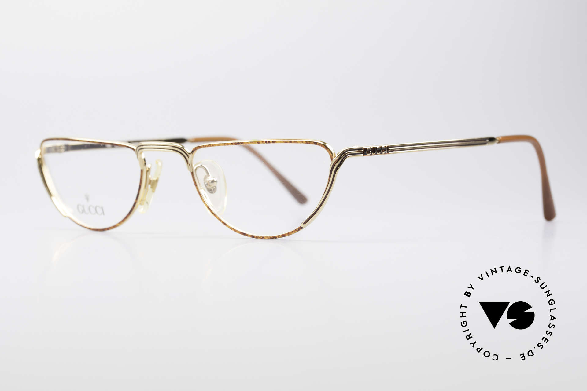 Gucci 2203 Vintage Reading Glasses 80's, classic Gucci design with noble frame coloring, Made for Men and Women