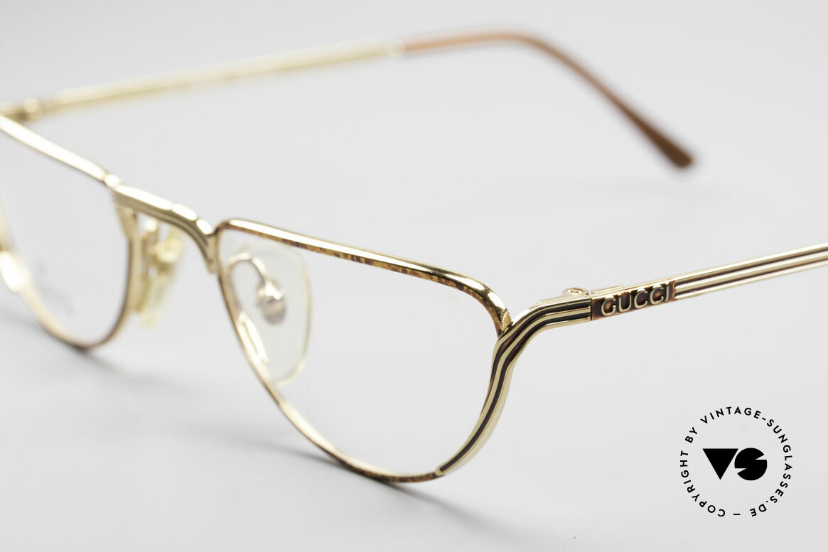 Gucci 2203 Vintage Reading Glasses 80's, frame shines chestnut with gold & black stripes, Made for Men and Women