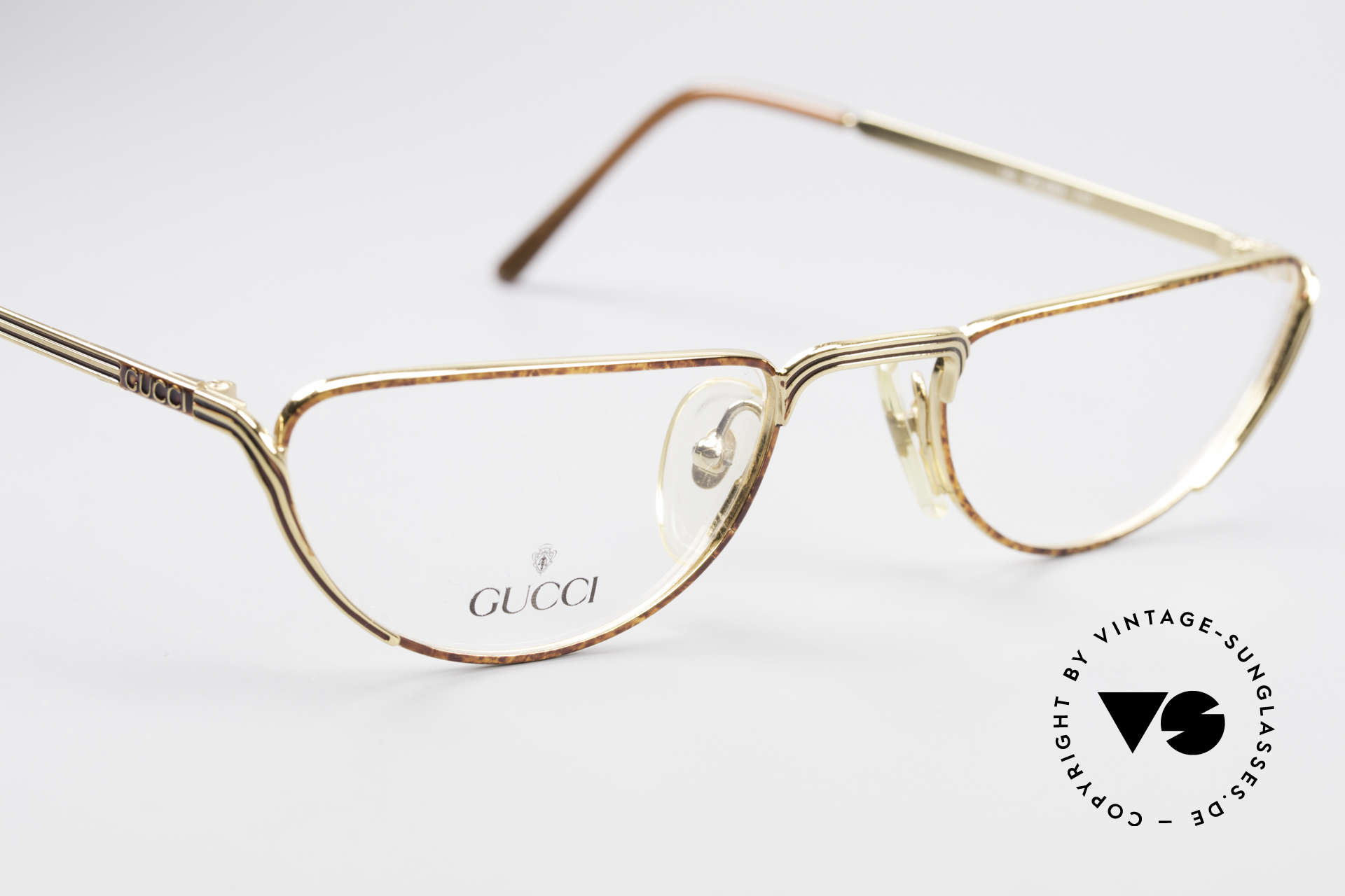 Gucci 2203 Vintage Reading Glasses 80's, unworn (like all our vintage GUCCI eyeglasses), Made for Men and Women
