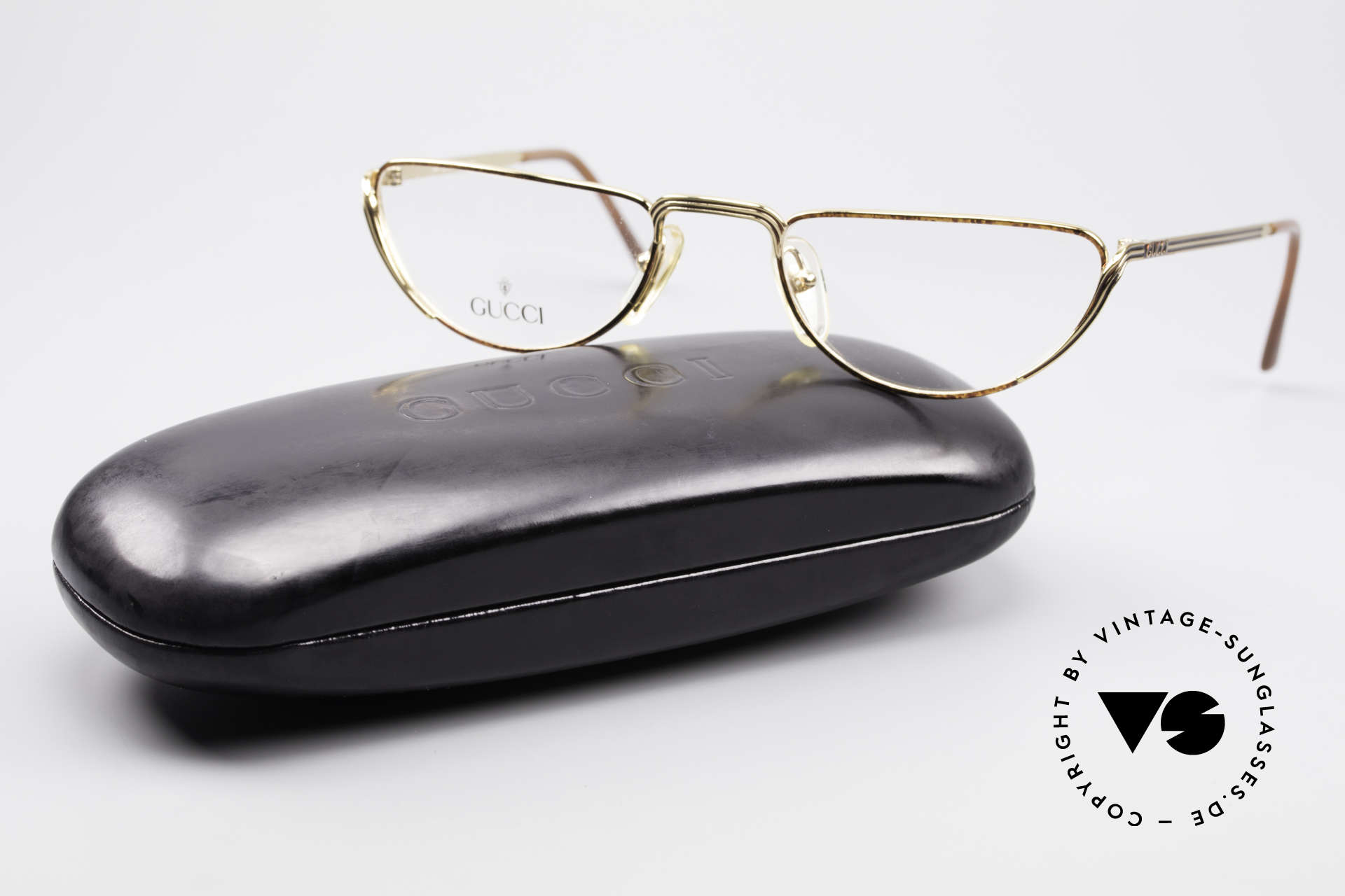 Gucci 2203 Vintage Reading Glasses 80's, NO retro eyewear, but an old vintage ORIGINAL, Made for Men and Women
