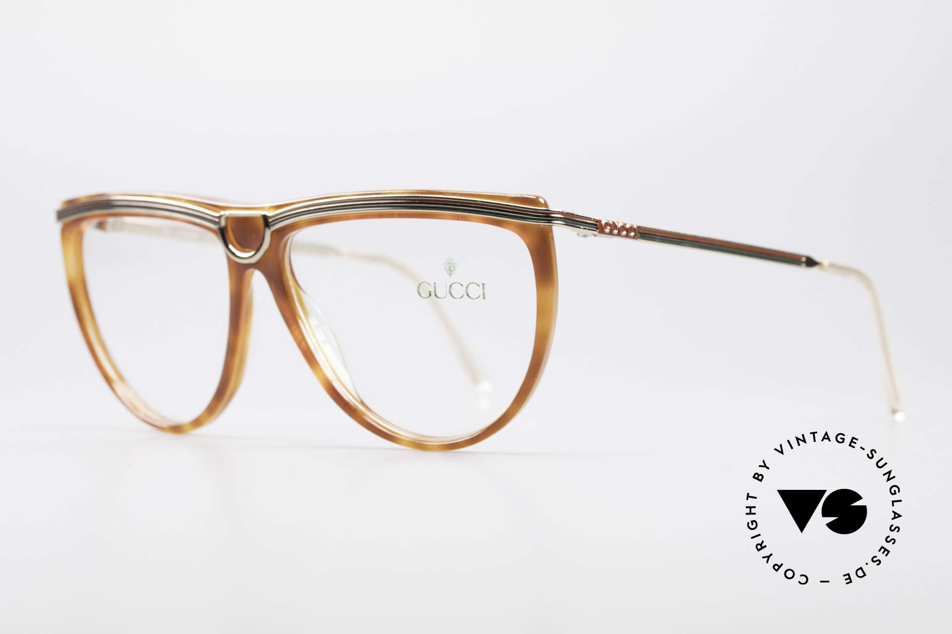 Gucci 2303 Ladies Eyeglasses 80's, typical 80s Gucci design with stirrup shaped bridge, Made for Women