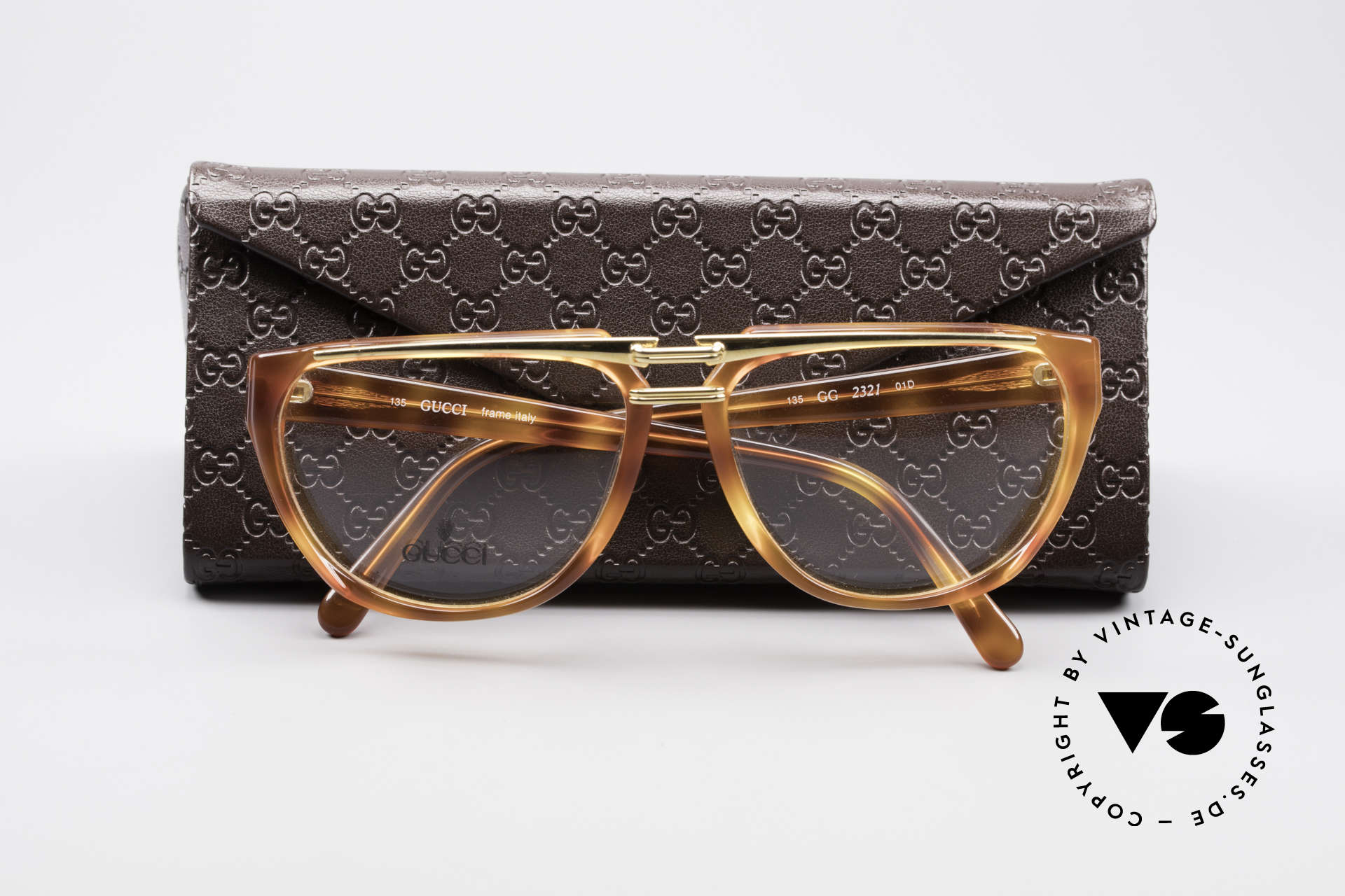 Gucci 2321 Ladies Designer Glasses 80's, demo lenses can be replaced with optical (sun) lenses, Made for Women