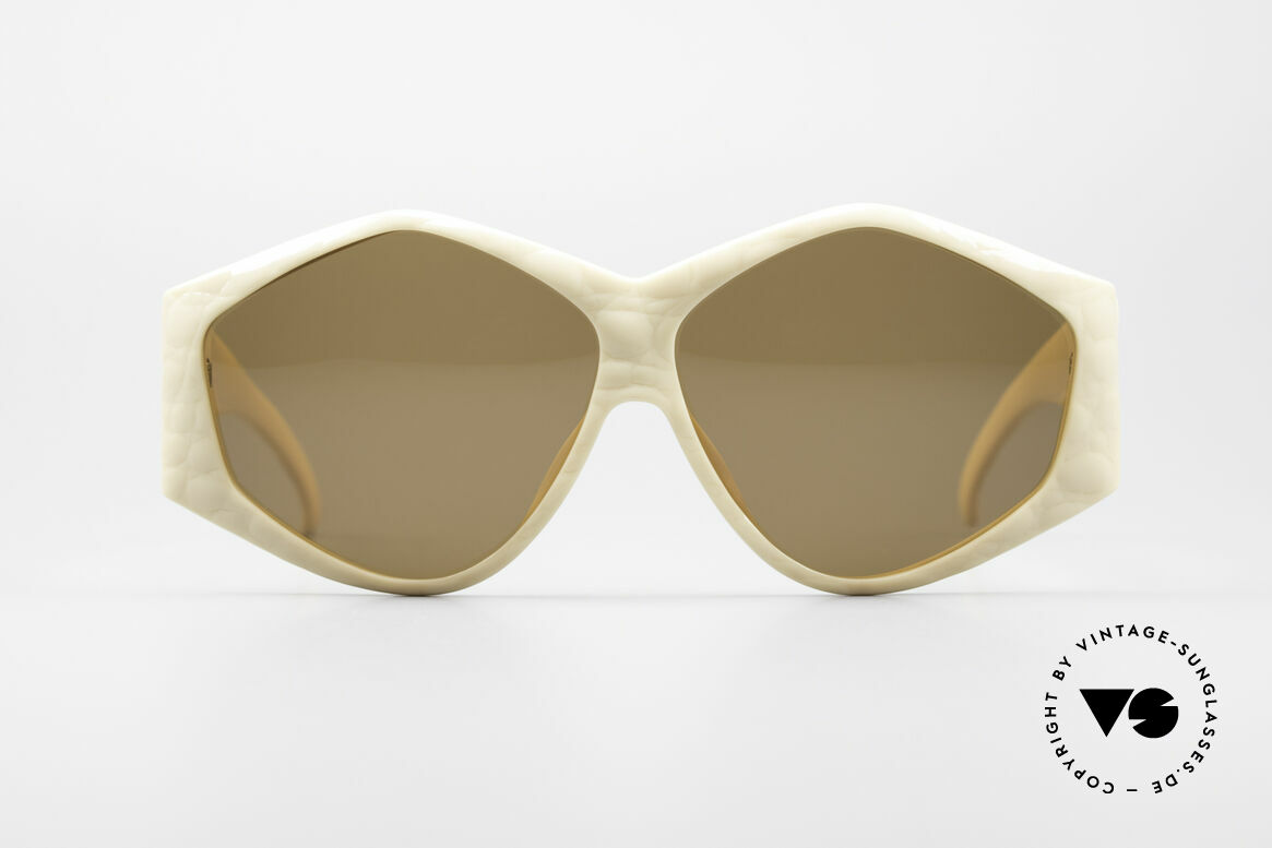 Christian Dior 2230 Oversized XXL Sunglasses, huge frame with gigantic temples - oversized design!, Made for Women