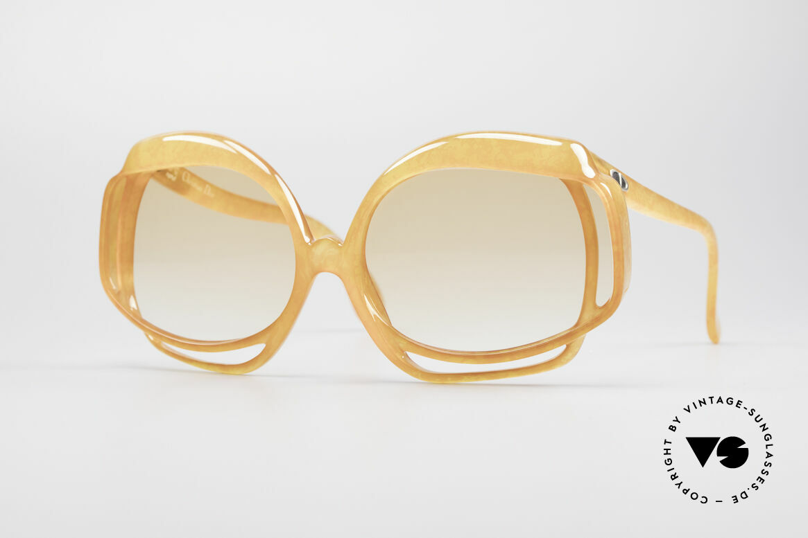 Christian Dior 2026 XXL Oversized 70's Shades, hyper-flashy Christian Dior designer shades from 1975, Made for Women