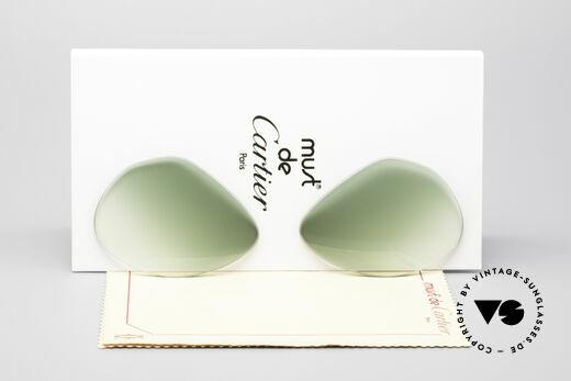 Cartier Vendome Lenses - M Sun Lenses Green Gradient Details