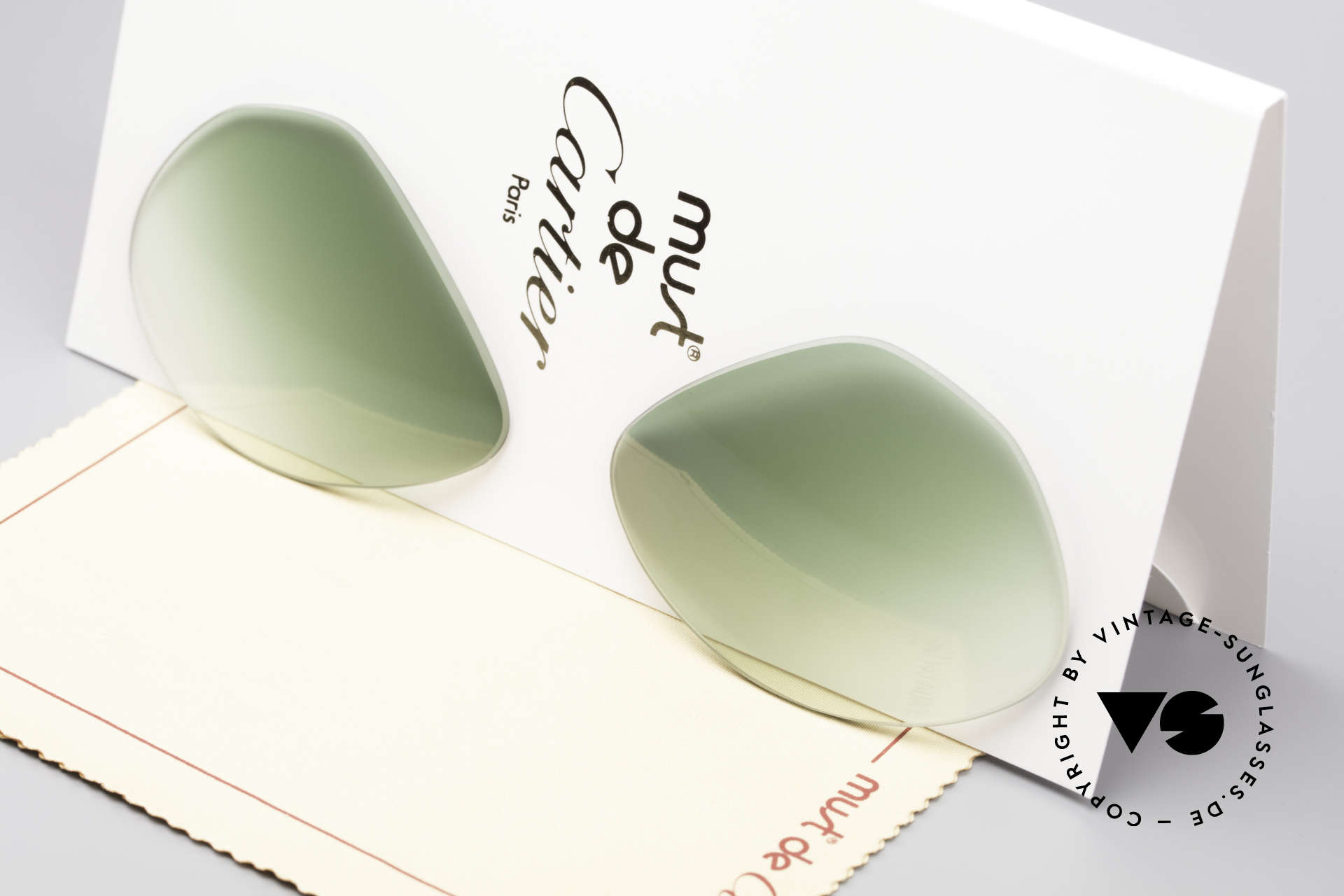 Cartier Vendome Lenses - M Sun Lenses Green Gradient, new CR39 UV400 plastic lenses (for 100% UV protection), Made for Men and Women